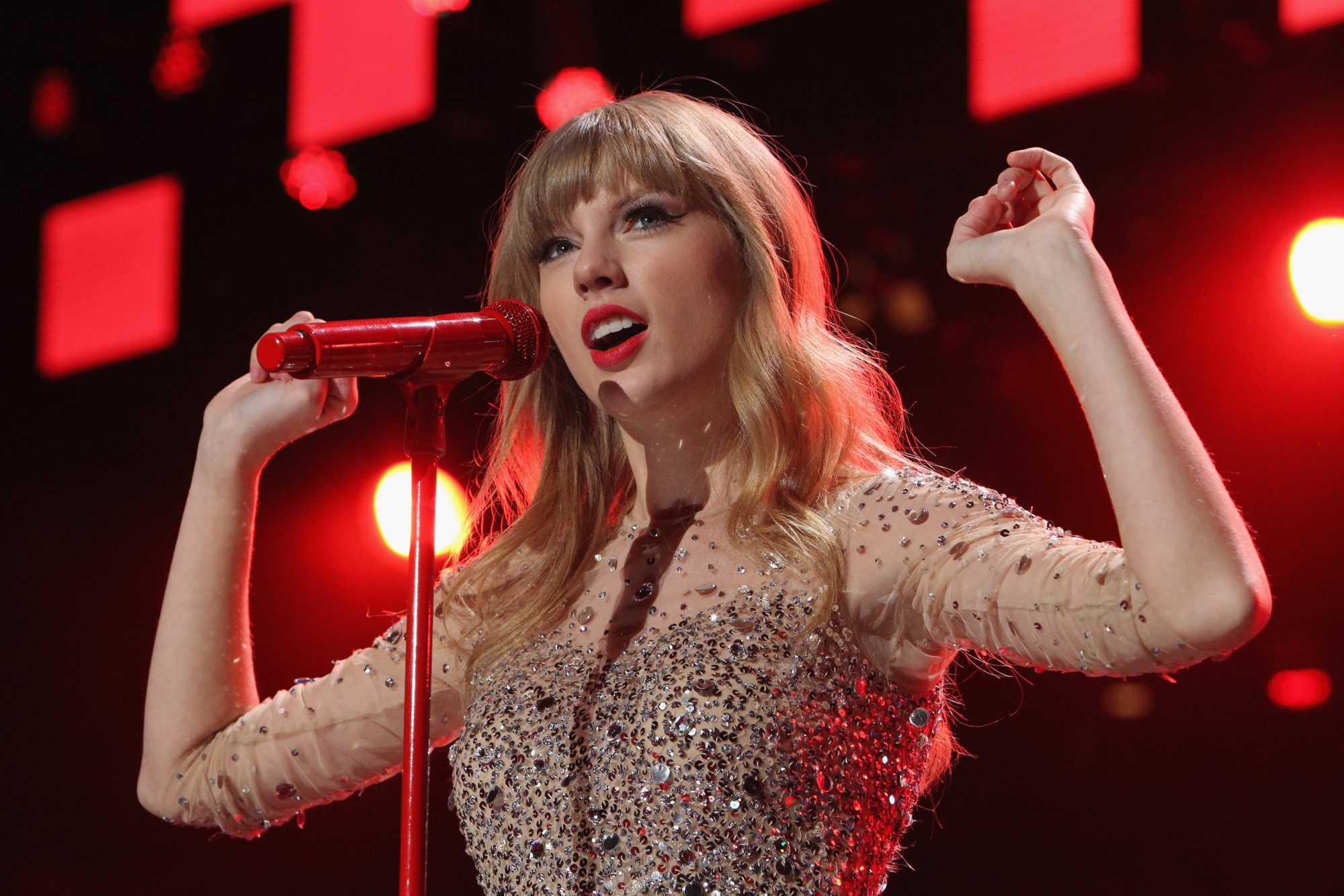 Taylor Swift Red Rolling Stone podcast