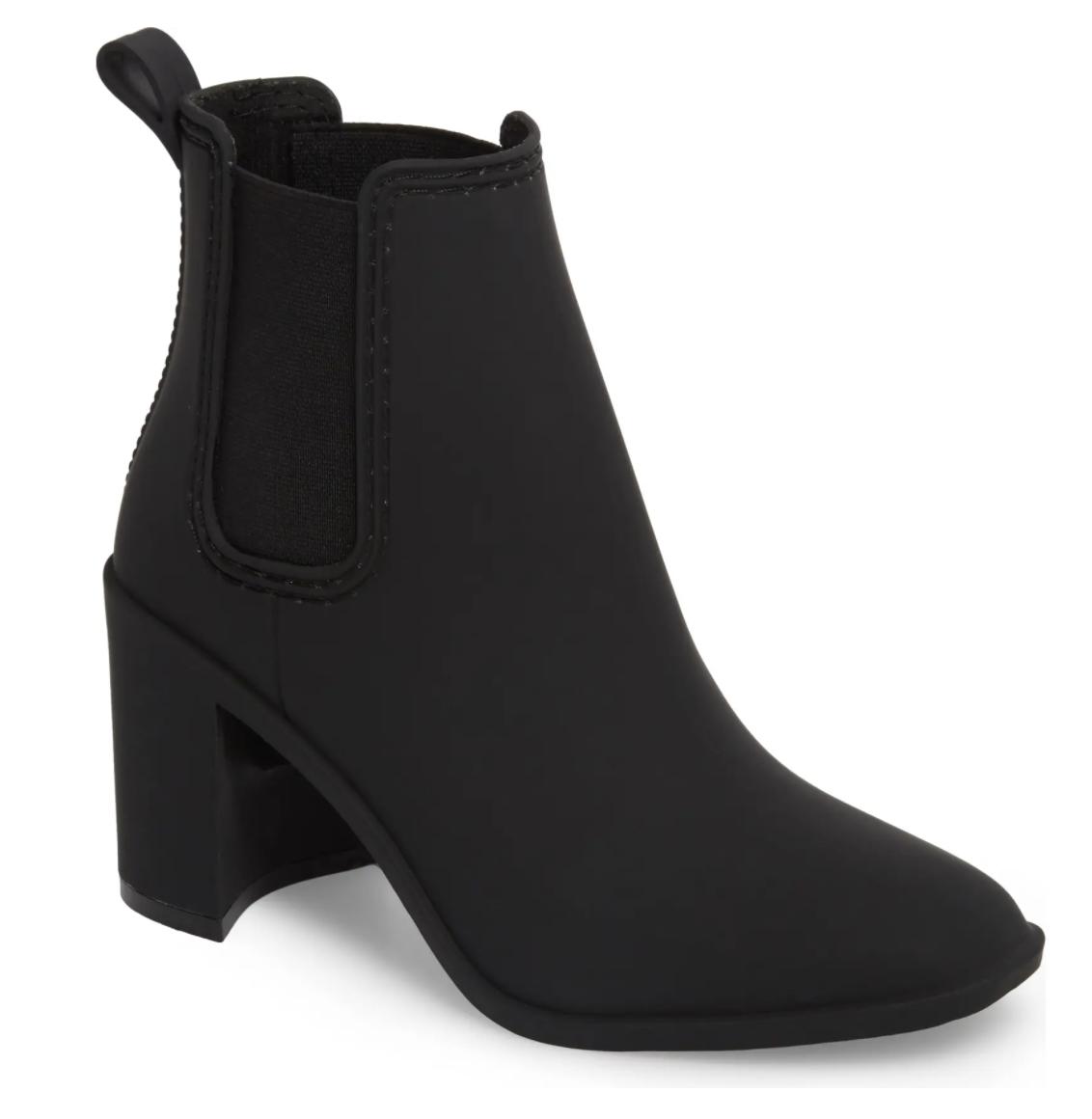 black waterproof boots women