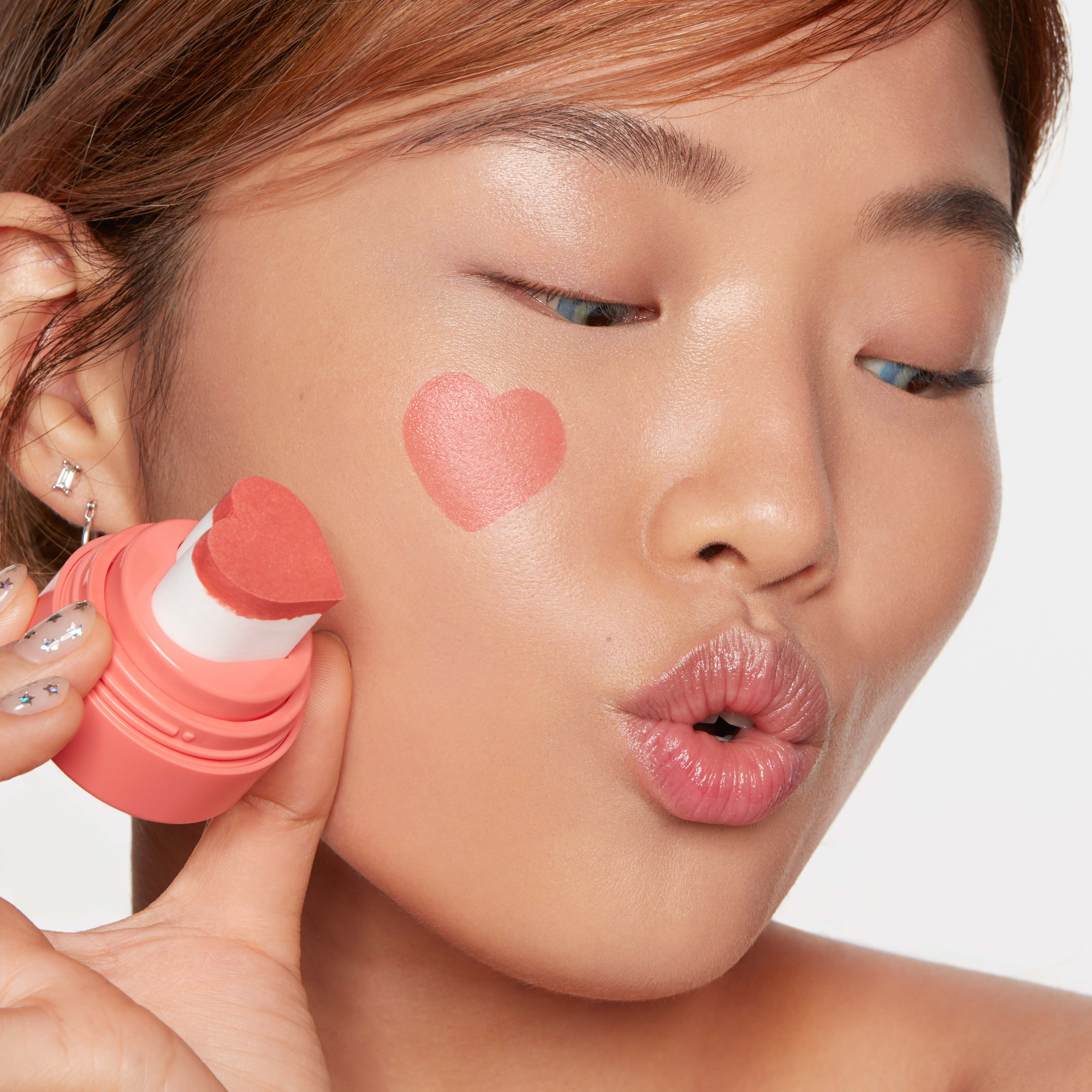 valentine's day gifts kaja heart-shaped makeup blush