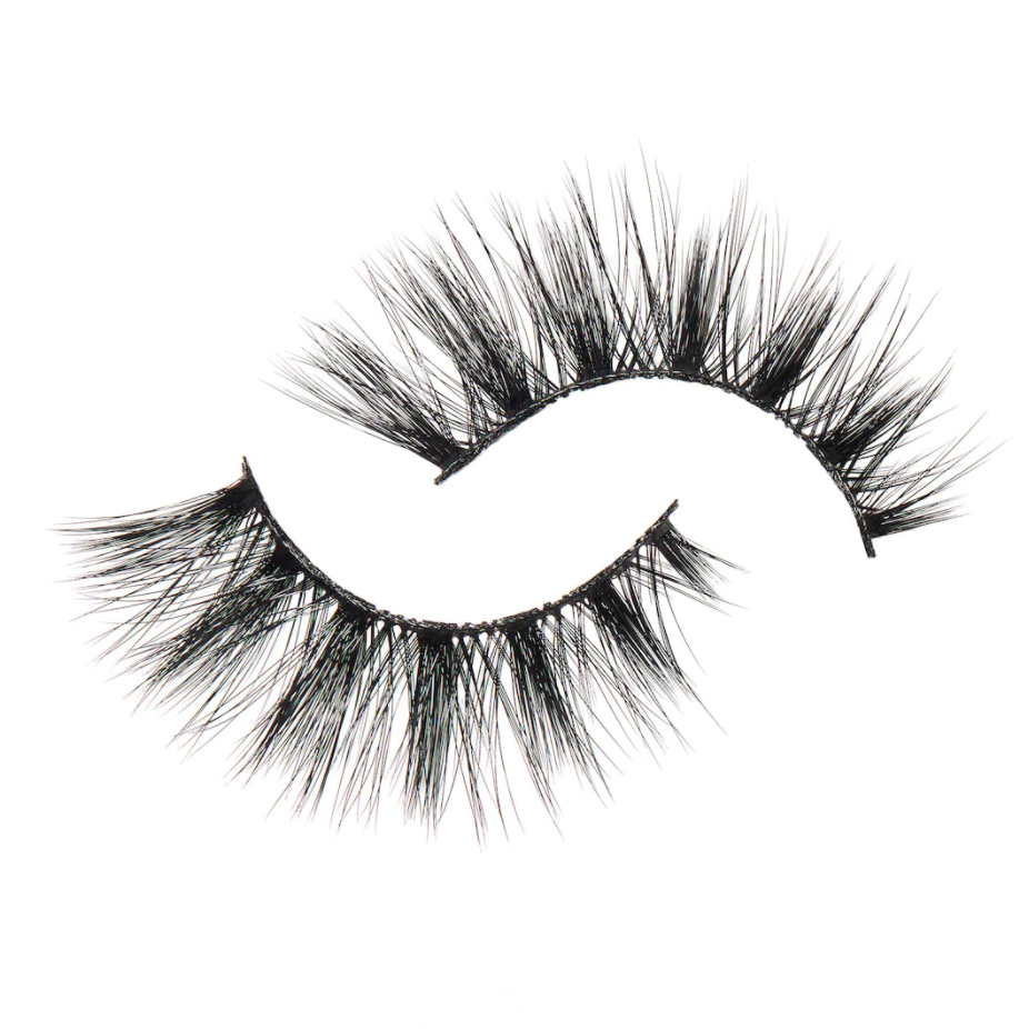 90s makeup trend beauty trends lashes