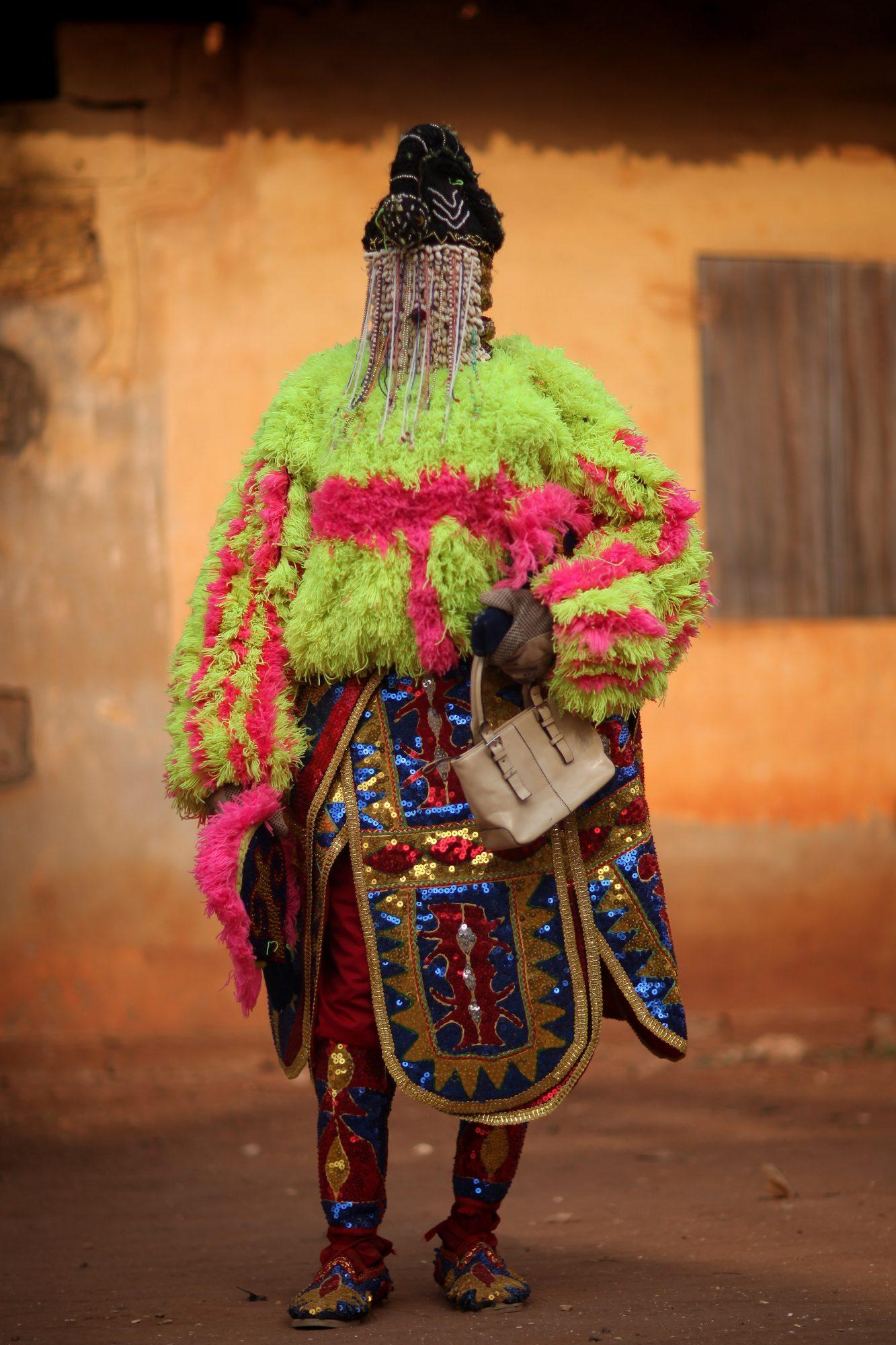 beaded hair black beauty natural hair history Yoruba and Dahomian kings