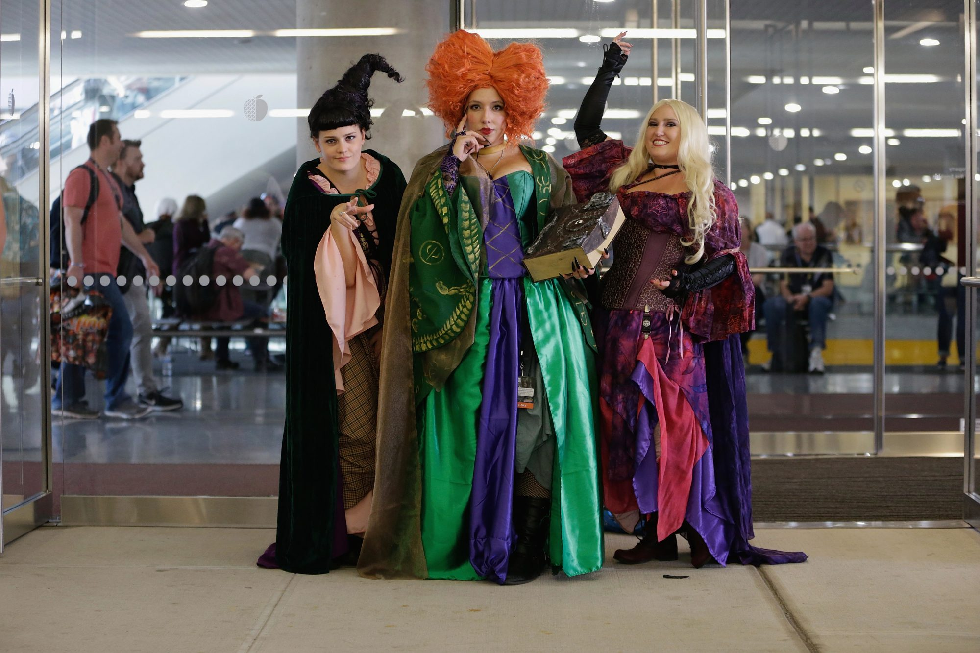 best halloween costumes for 3 people