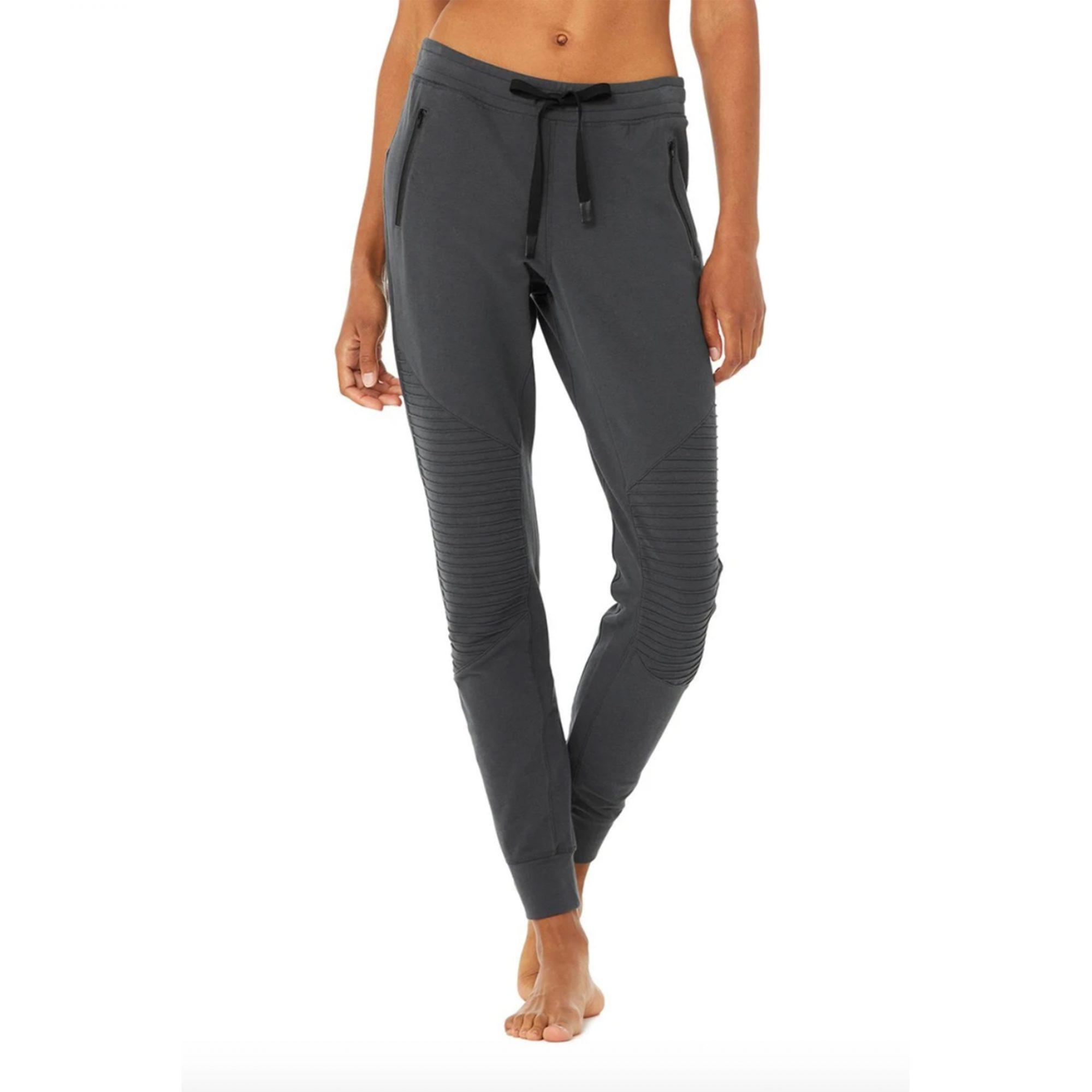 alo-yoga-sweatpants