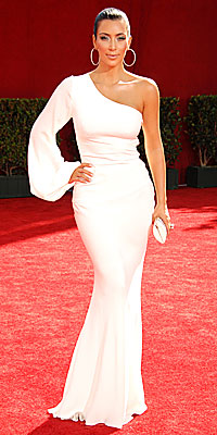 Kim Kardashian in Ina Soltani - Emmy Awards - Trends: One-Shoulder - 2009