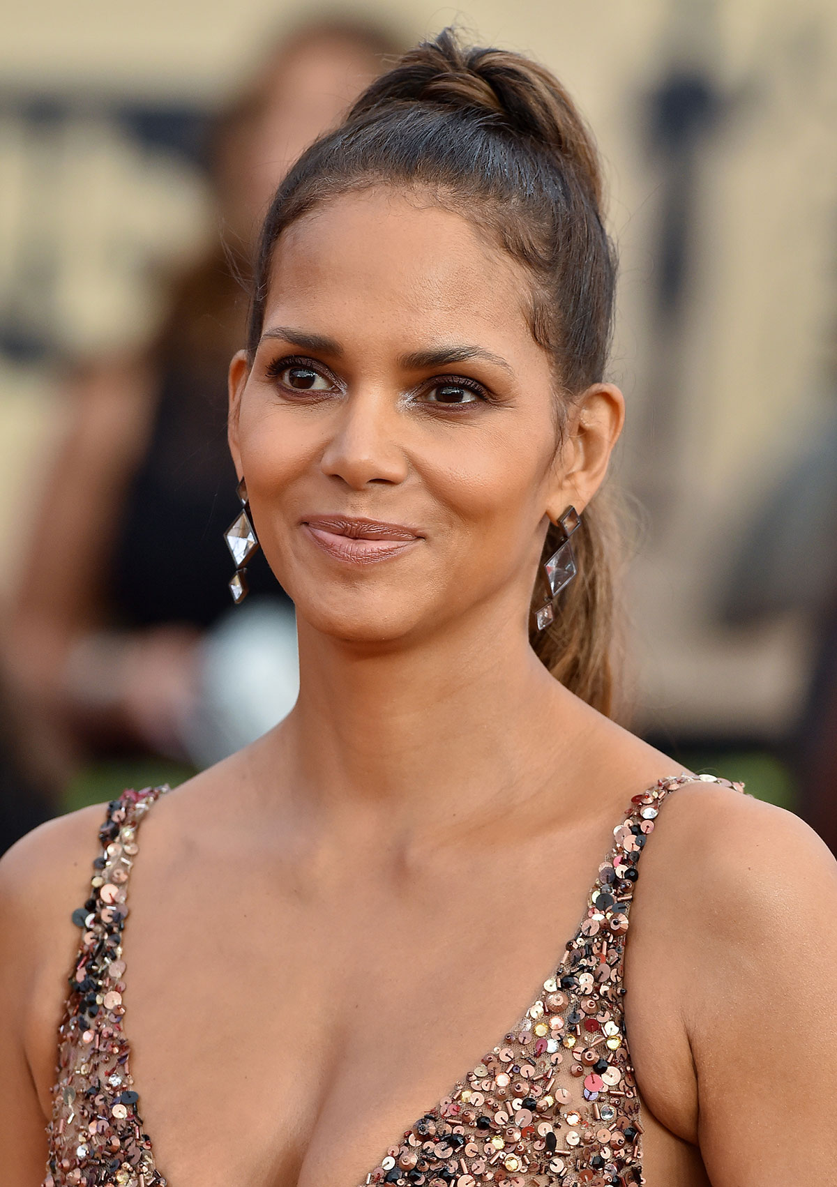 Halle Berry's Retro Ponytail