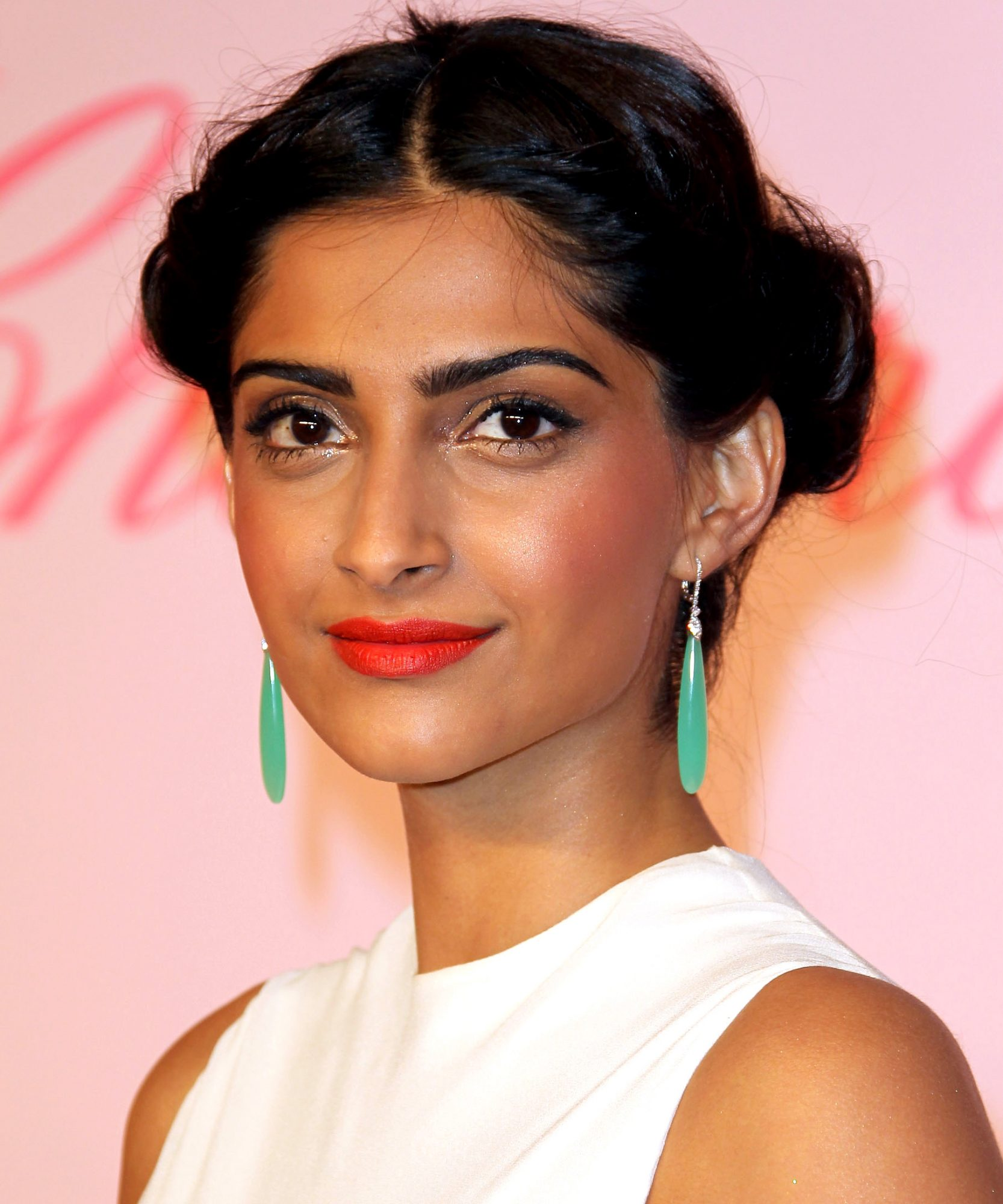 Sonam Kapoor - 25 Easy Summer Hairstyles - Star Hair