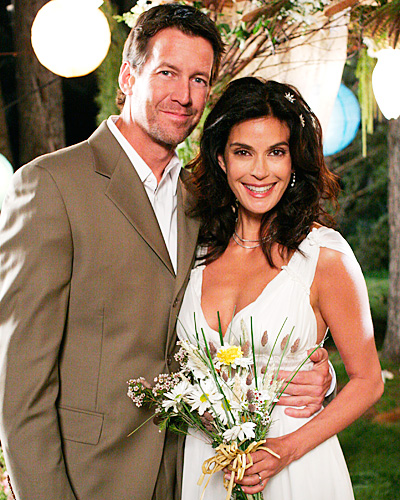 Desperate Housewives wedding -  Susan Bremmer and Mike Delfino - Teri Hatcher and James Denton