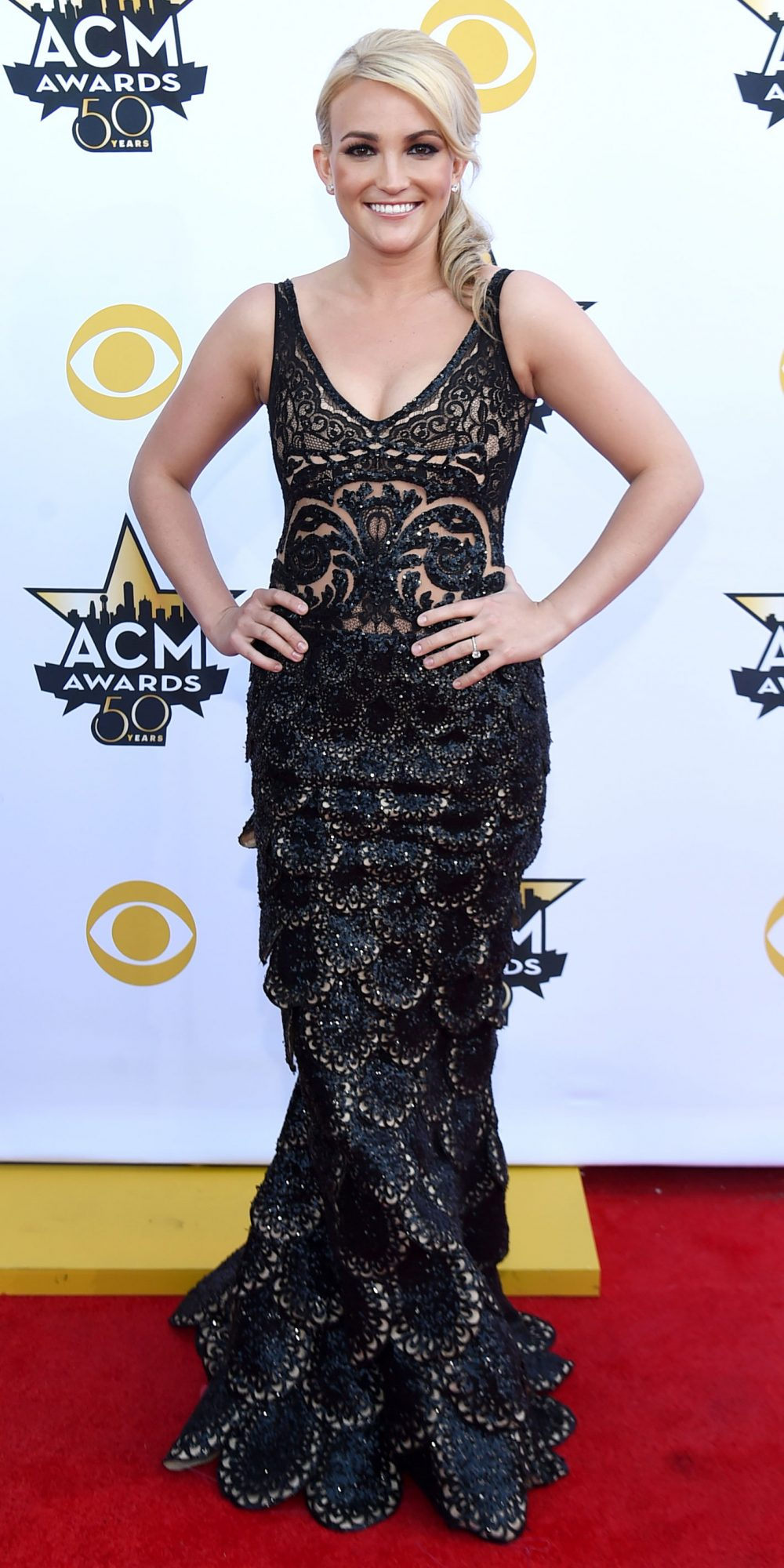 Jamie Lynn Spears in a black lace mermaid gown.