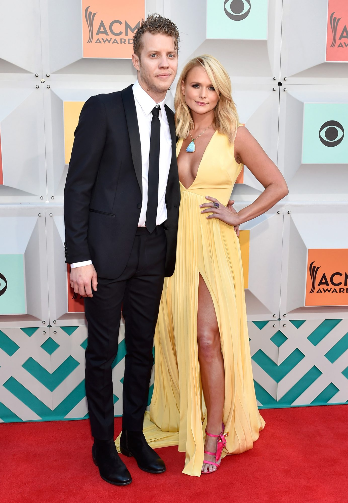 Miranda Lamber Anderson East Red Carpet Debut - Lead