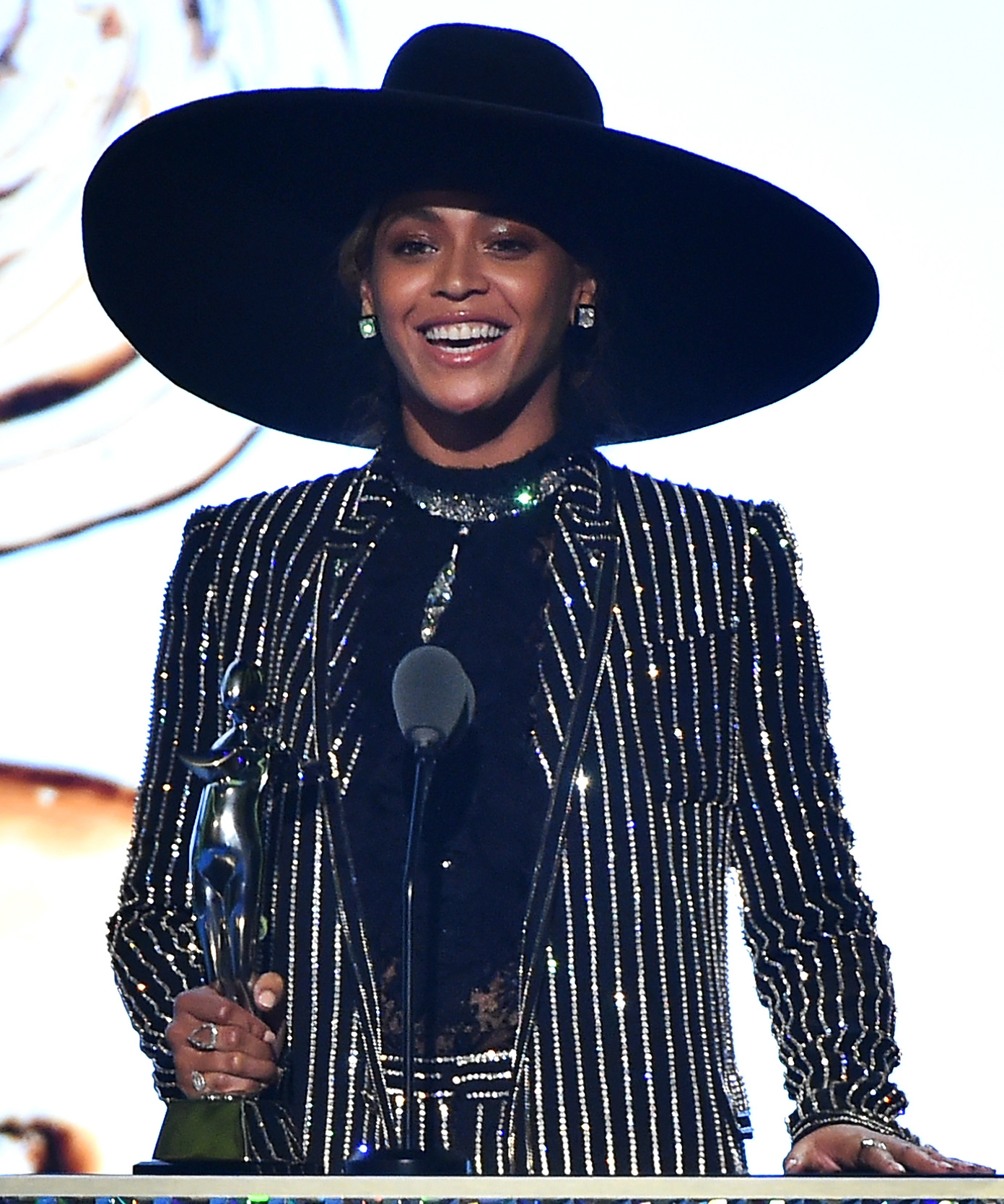 Beyonce accepts The CDFA Fashion Icon Award onstage at the 2016 CFDA Fashion Awards at the Hammerstein Ballroom on June 6, 2016 in New York City.