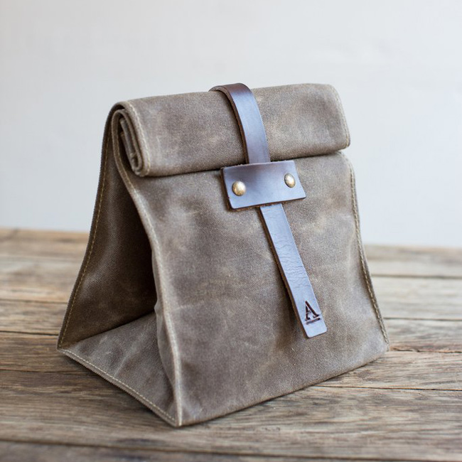 Lunch Tote with Tab