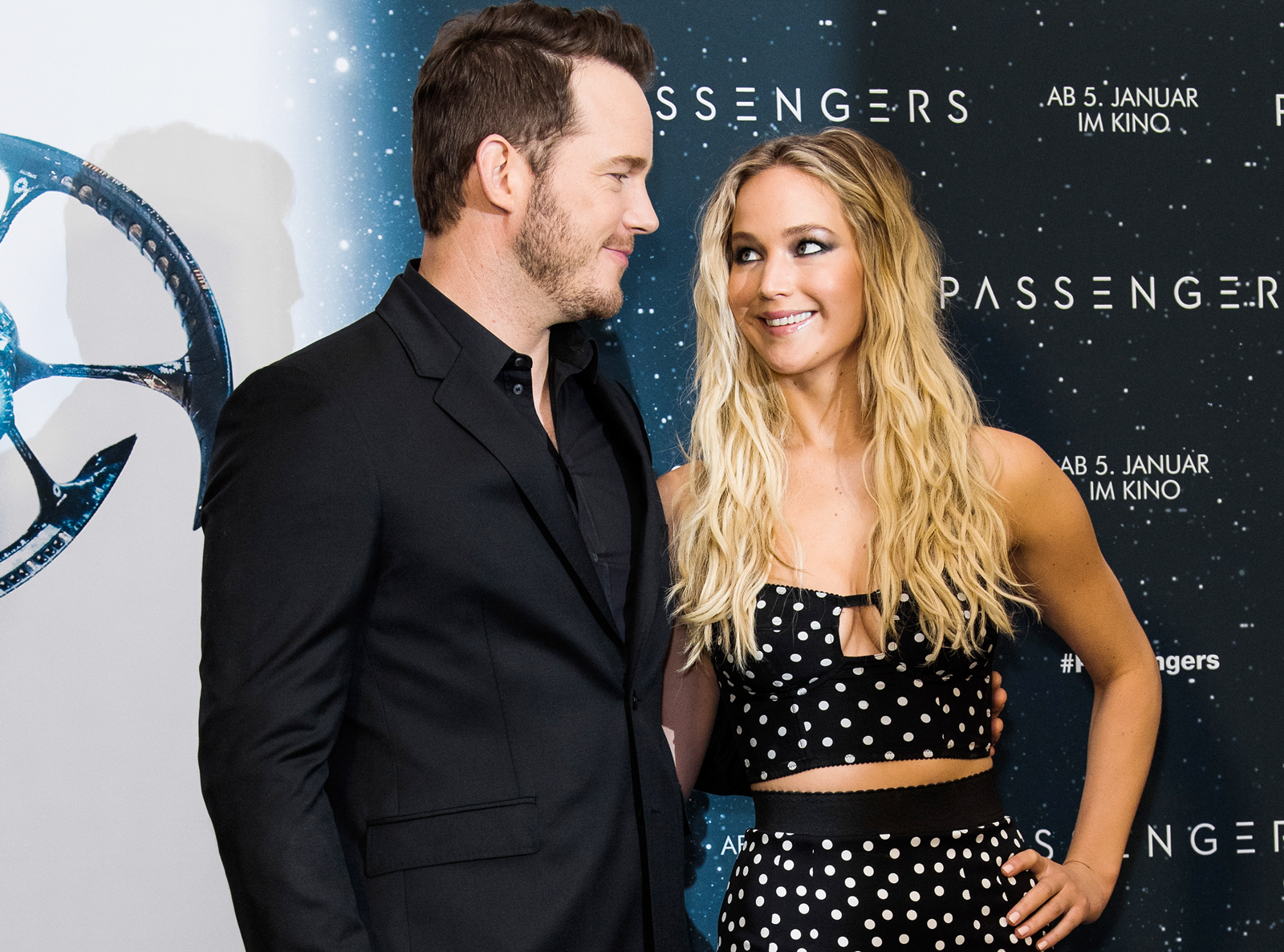 Jennifer Lawrence and Chris Pratt LEAD