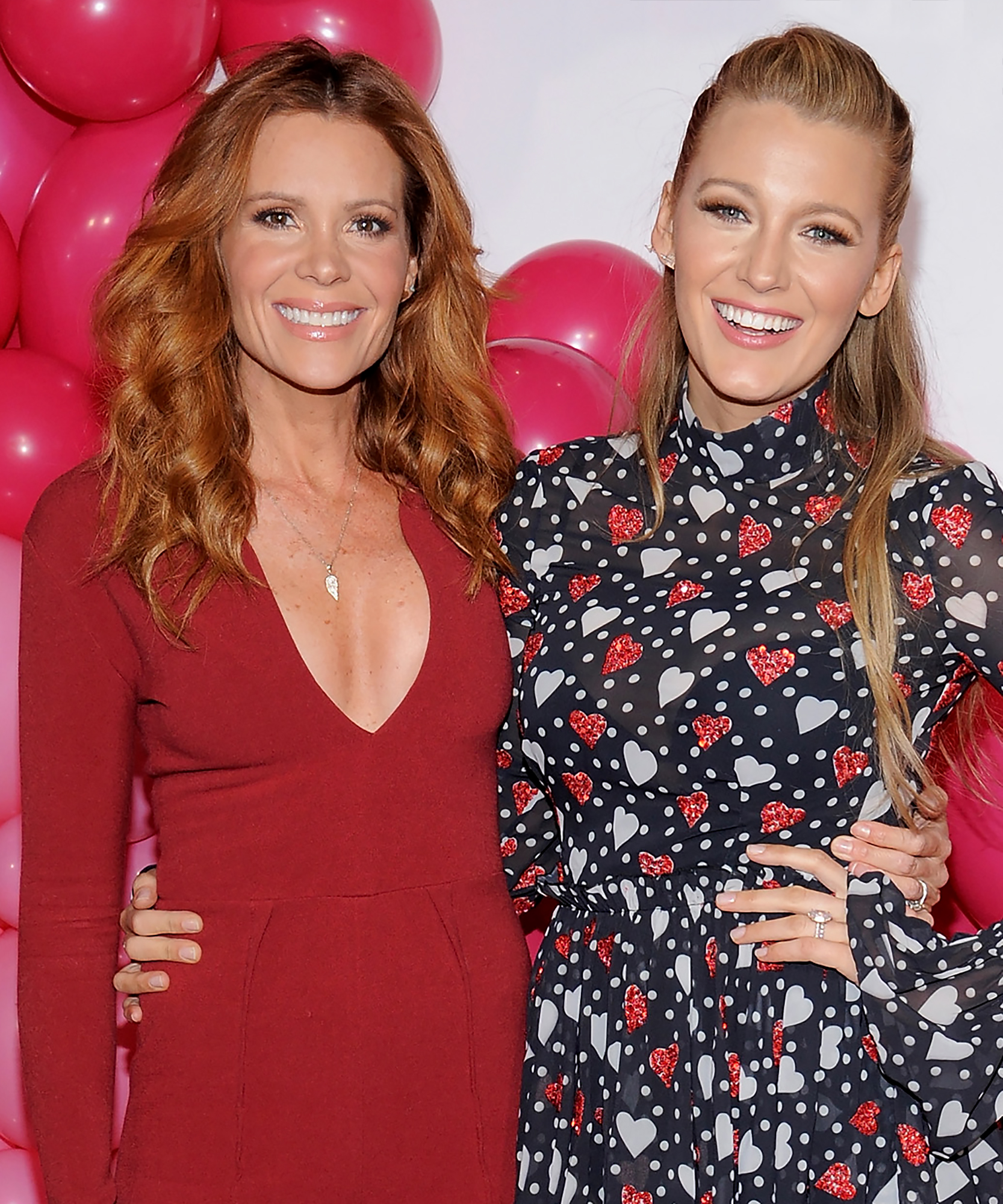 Blake Lively & Robyn Lively - LEAD