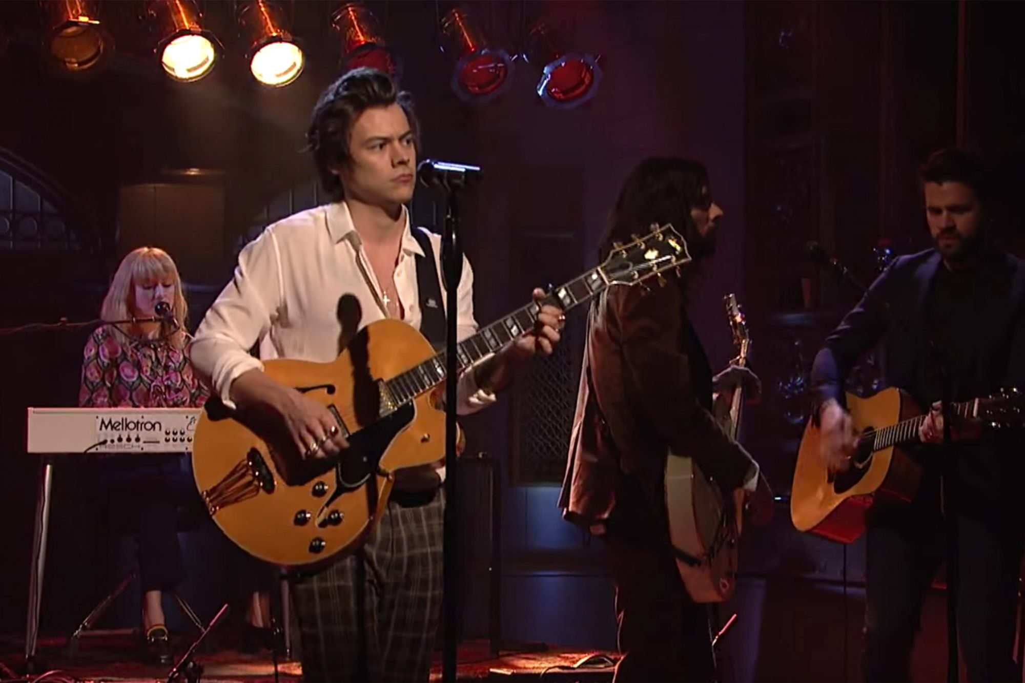 Harry Styles premieres 'Ever Since New York' on 'SNL'