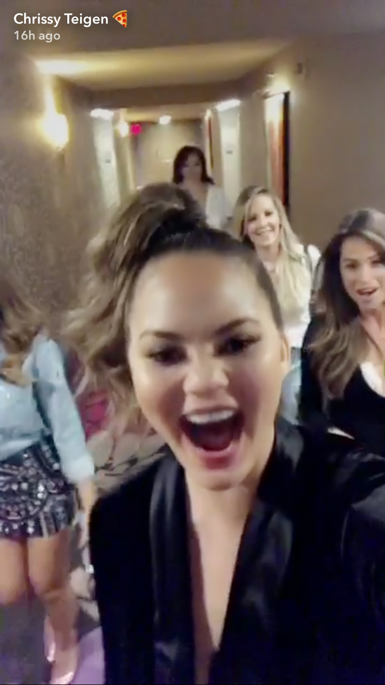 Chrissy Teigen - Magic Mike - Embed -2