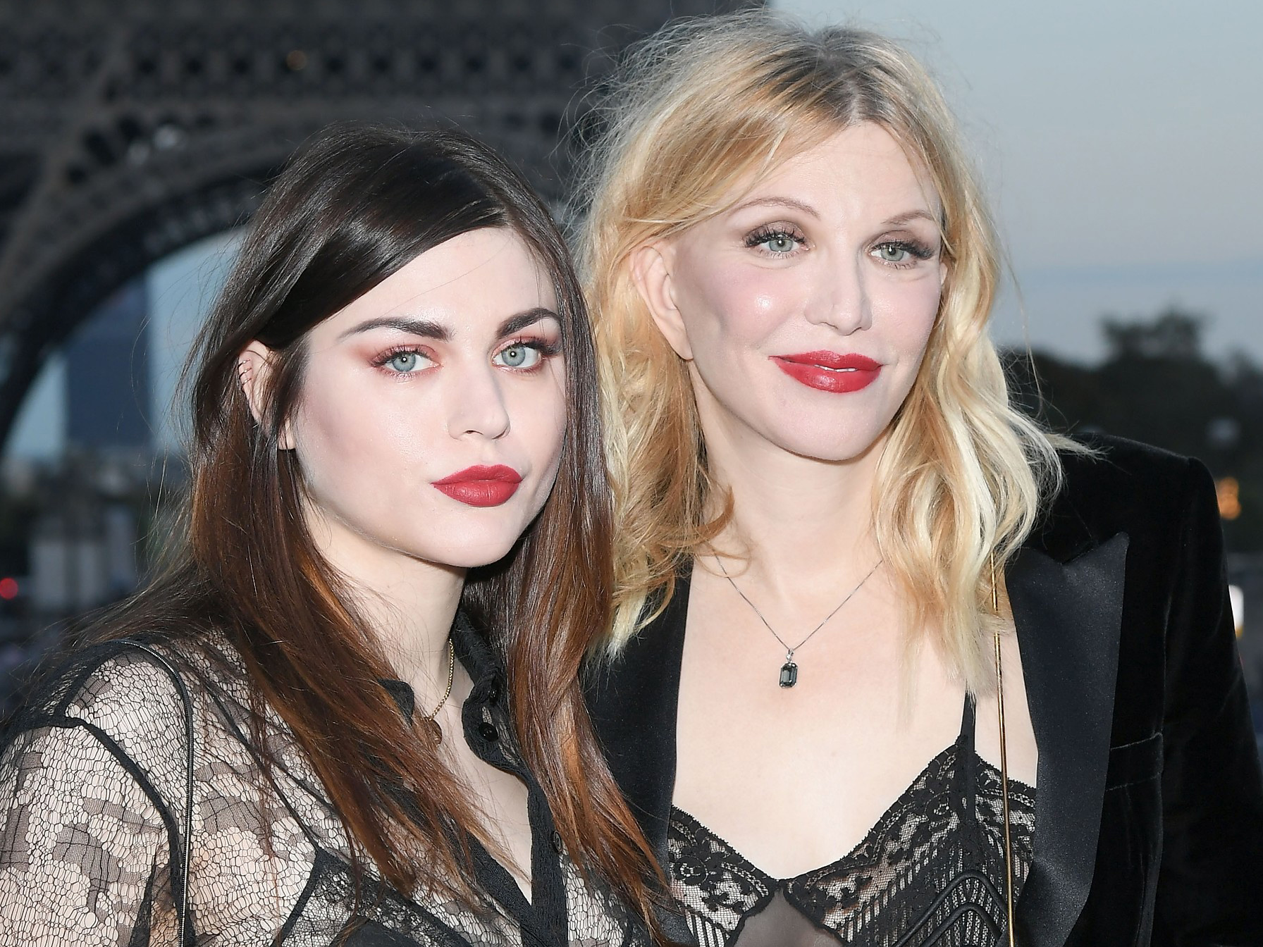 Francis Bean Cobain Courtney Love - Embed