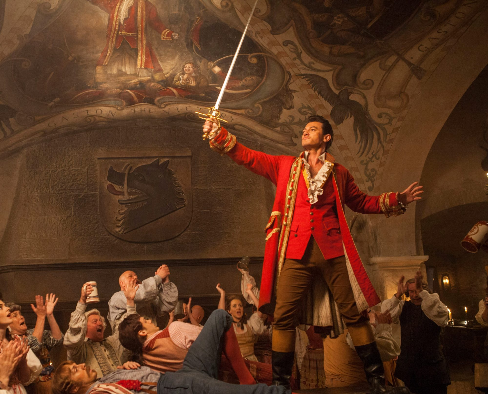 BEAUTY AND THE BEAST, Luke Evans, 2017. ph: Laurie Sparham /© Walt Disney Pictures /courtesy Everett Collection