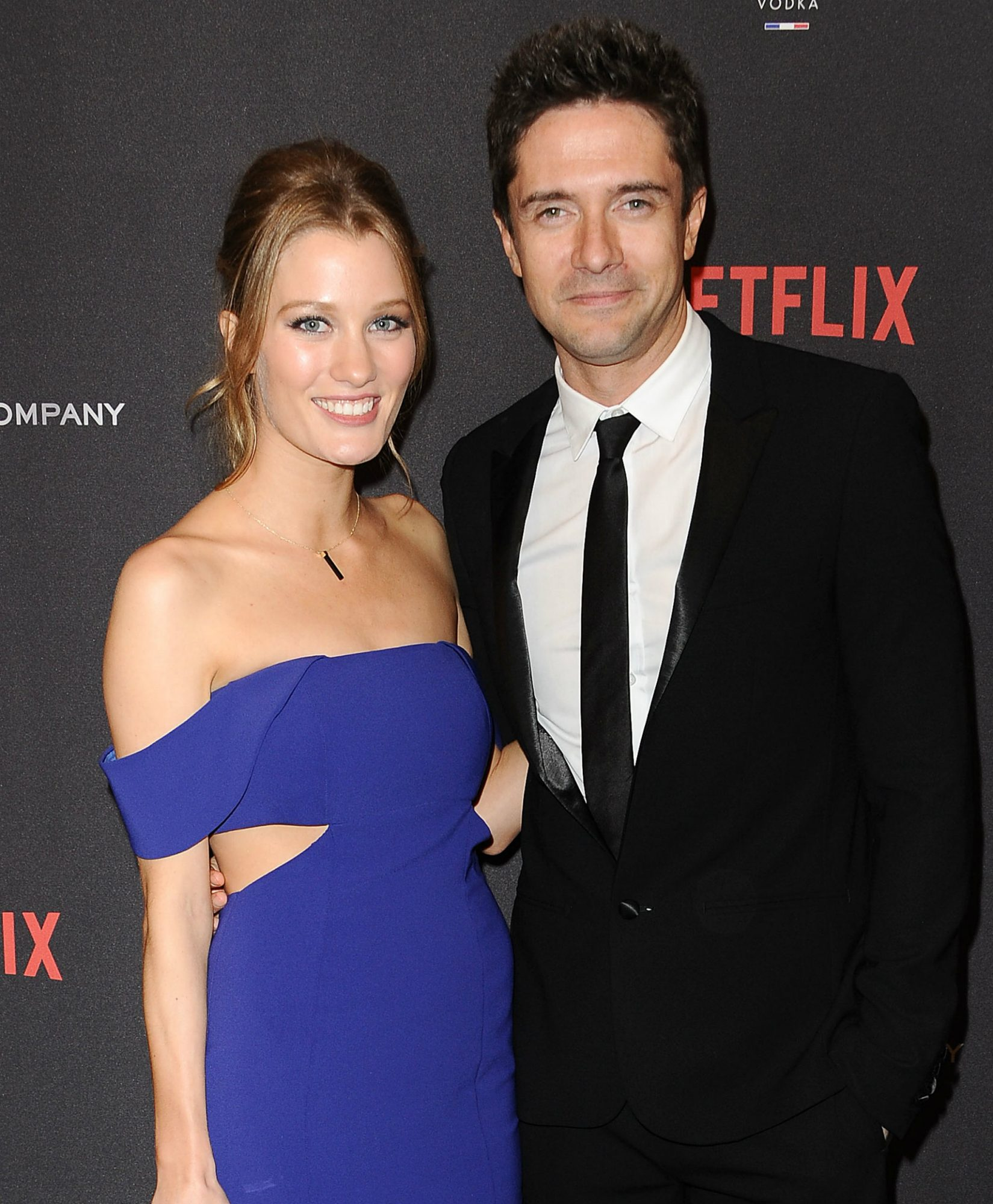 Topher Grace and Ashley Hinshaw LEAD