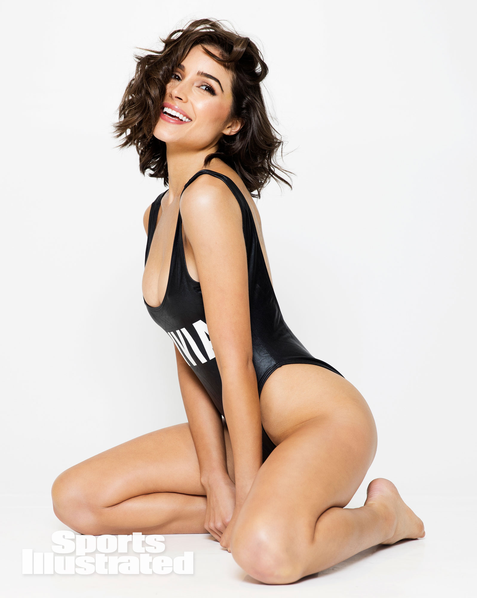 Olivia Culpo Sports Illustrated Rookie - TOUT