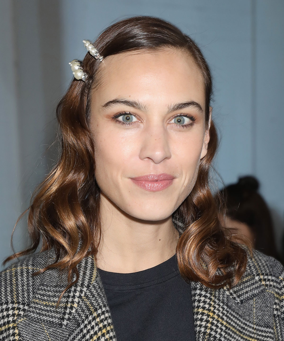 How to Grow Out Bangs - Alexa Chung