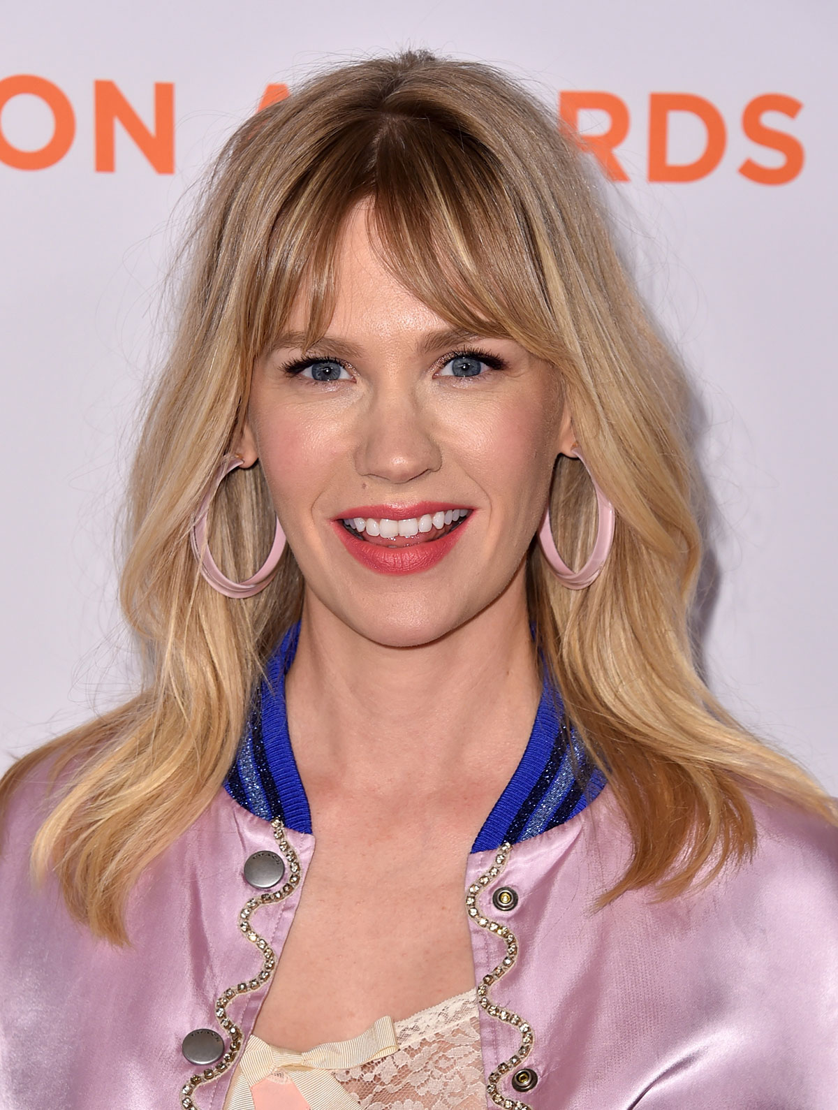 How to Grow Out Your Bangs - January Jones