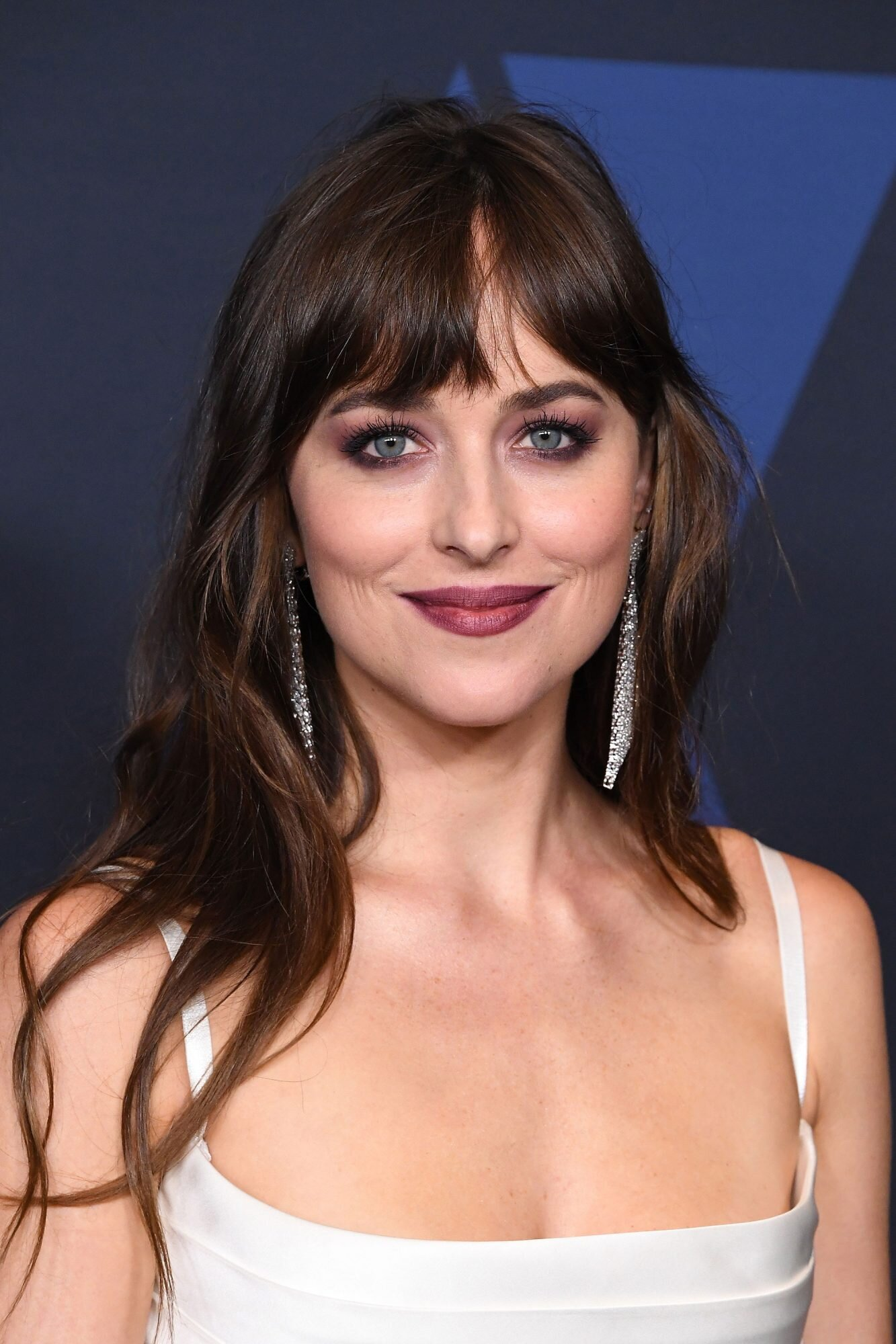 How To Grow Out Bangs Hairstyles For Growing Out Bangs Instyle