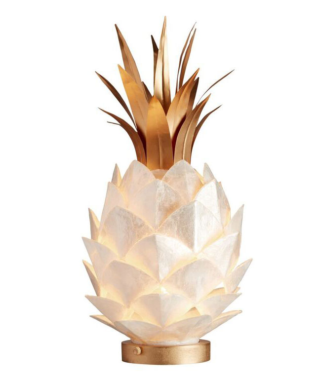 lily-pulitzer-pineapple-lamp