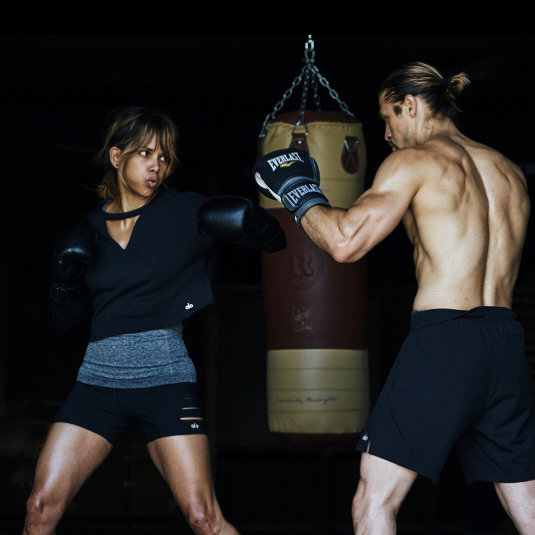 Halle Berry Workout - Lead
