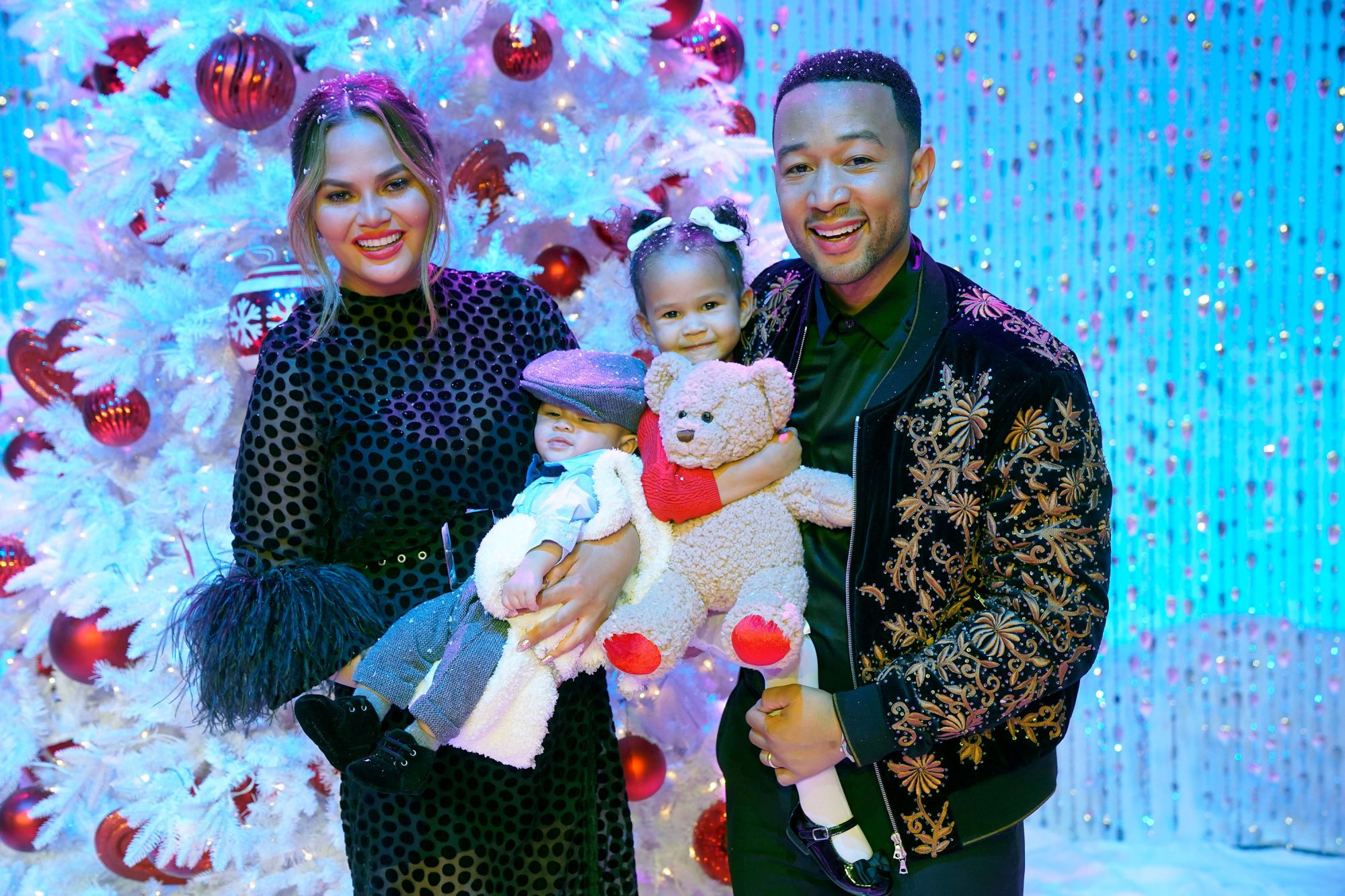 Chrissy Teigen Go-To Gifts