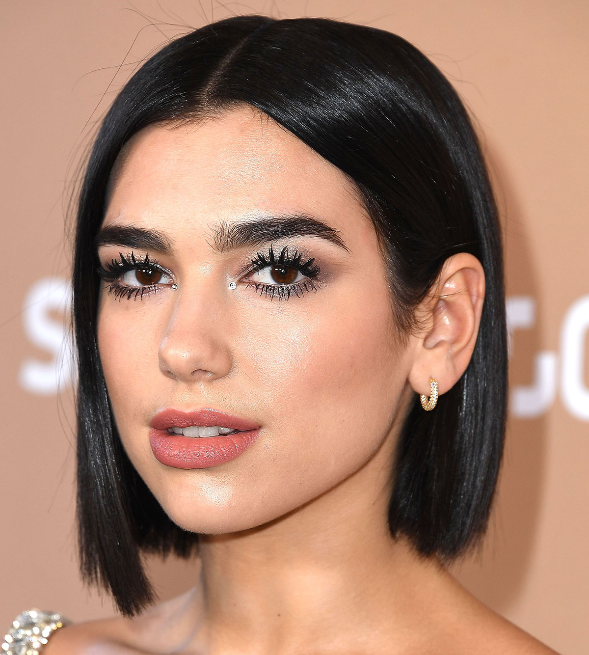 Blunt Bob Haircut | 7 Short Hairstyles That'll Convince You to Make the Switch