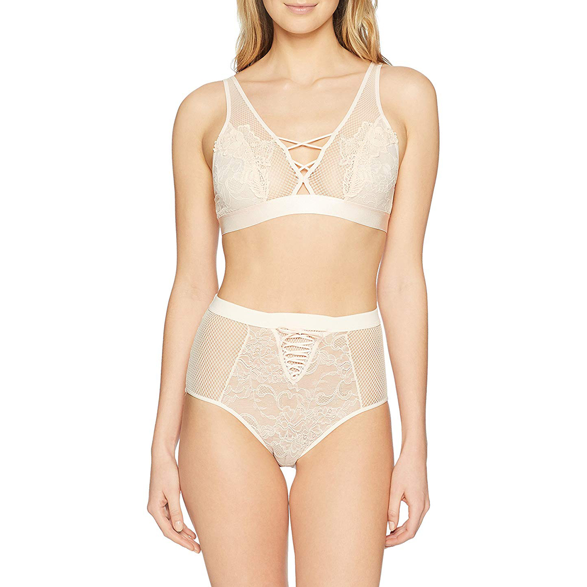 allover-lace-bralette-and-panty-lingerie-set