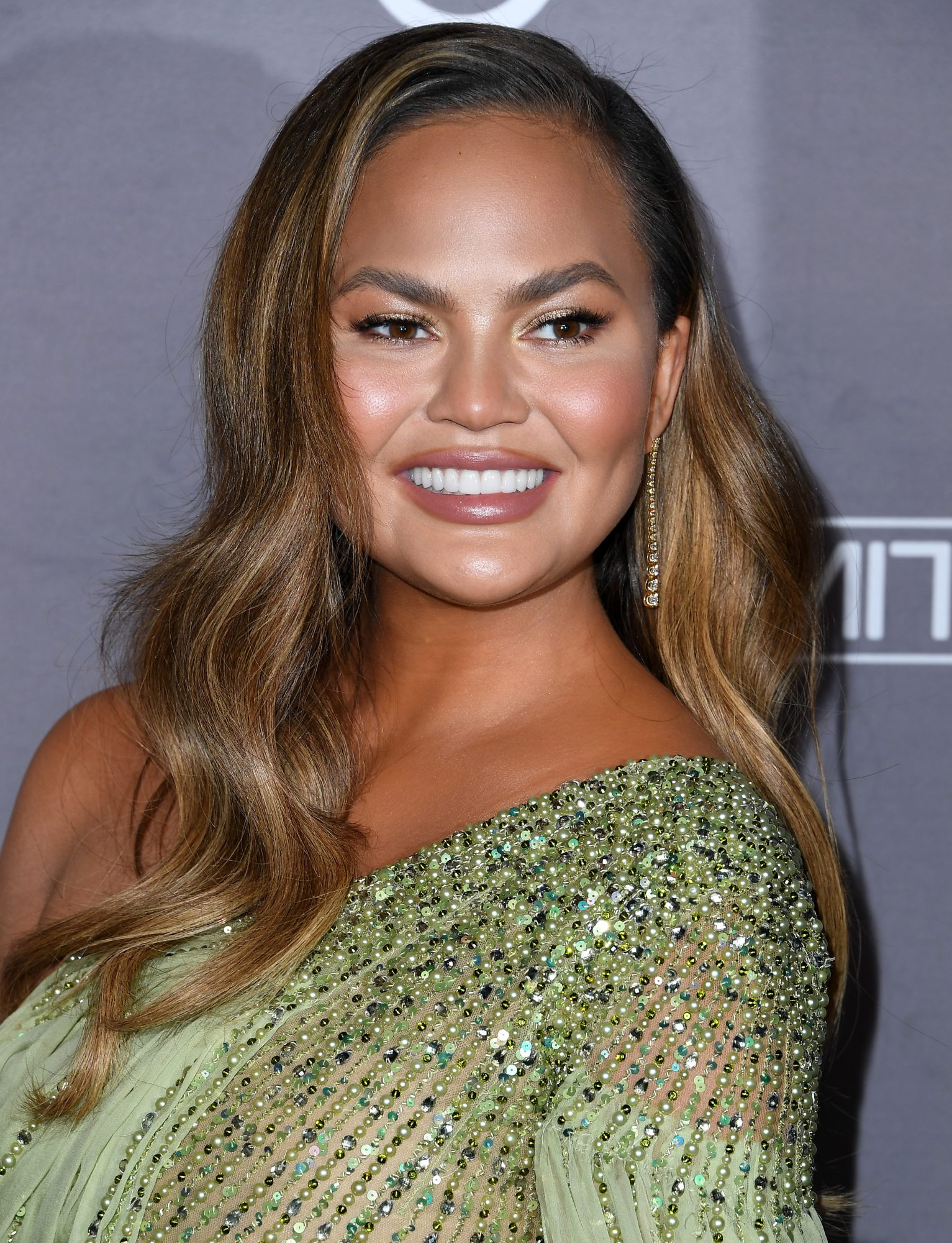 Chrissy Teigen 2019 Baby2Baby Gala Presented By Paul Mitchell