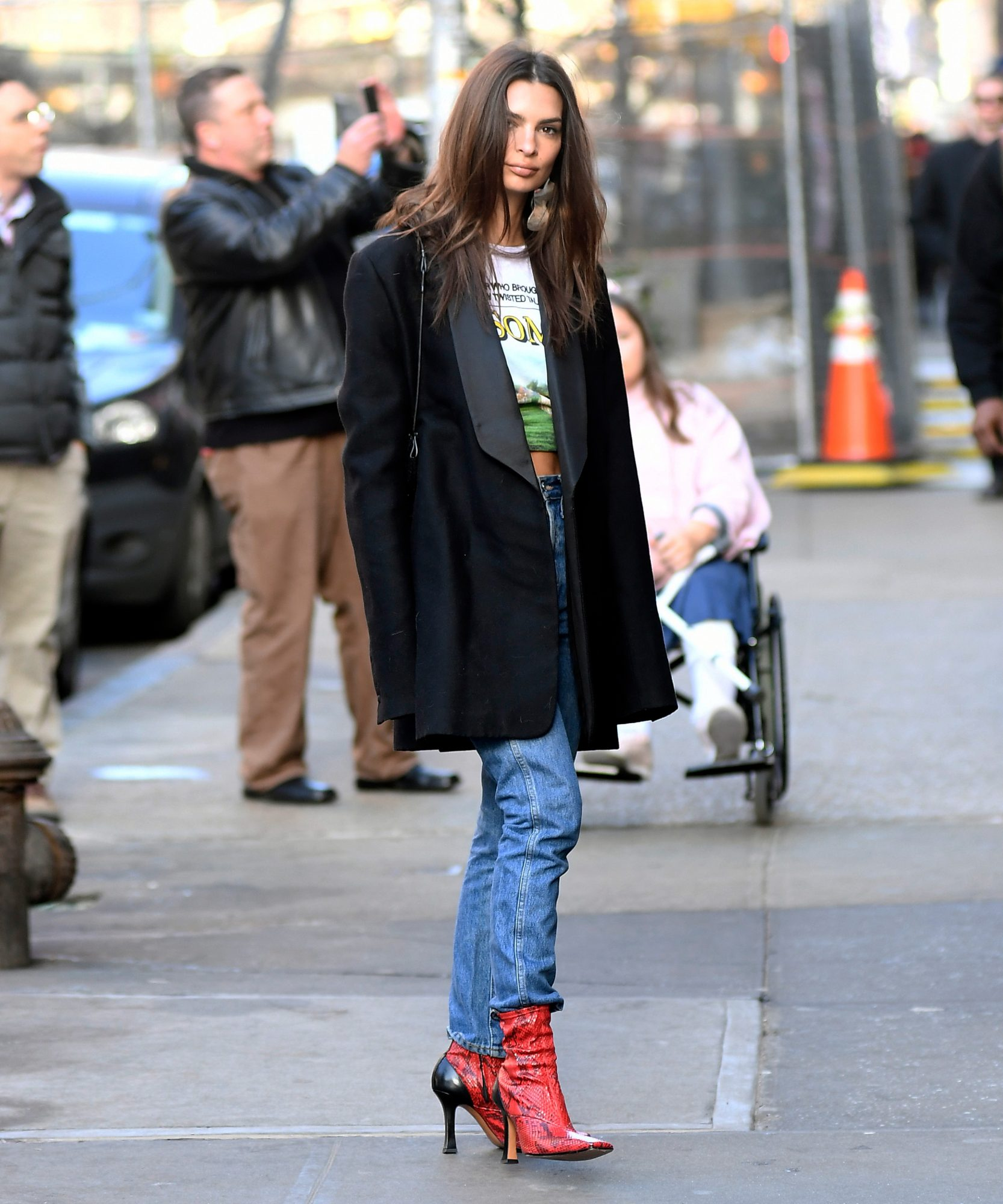 EmRata and Courtney Cox both love this boot trend!