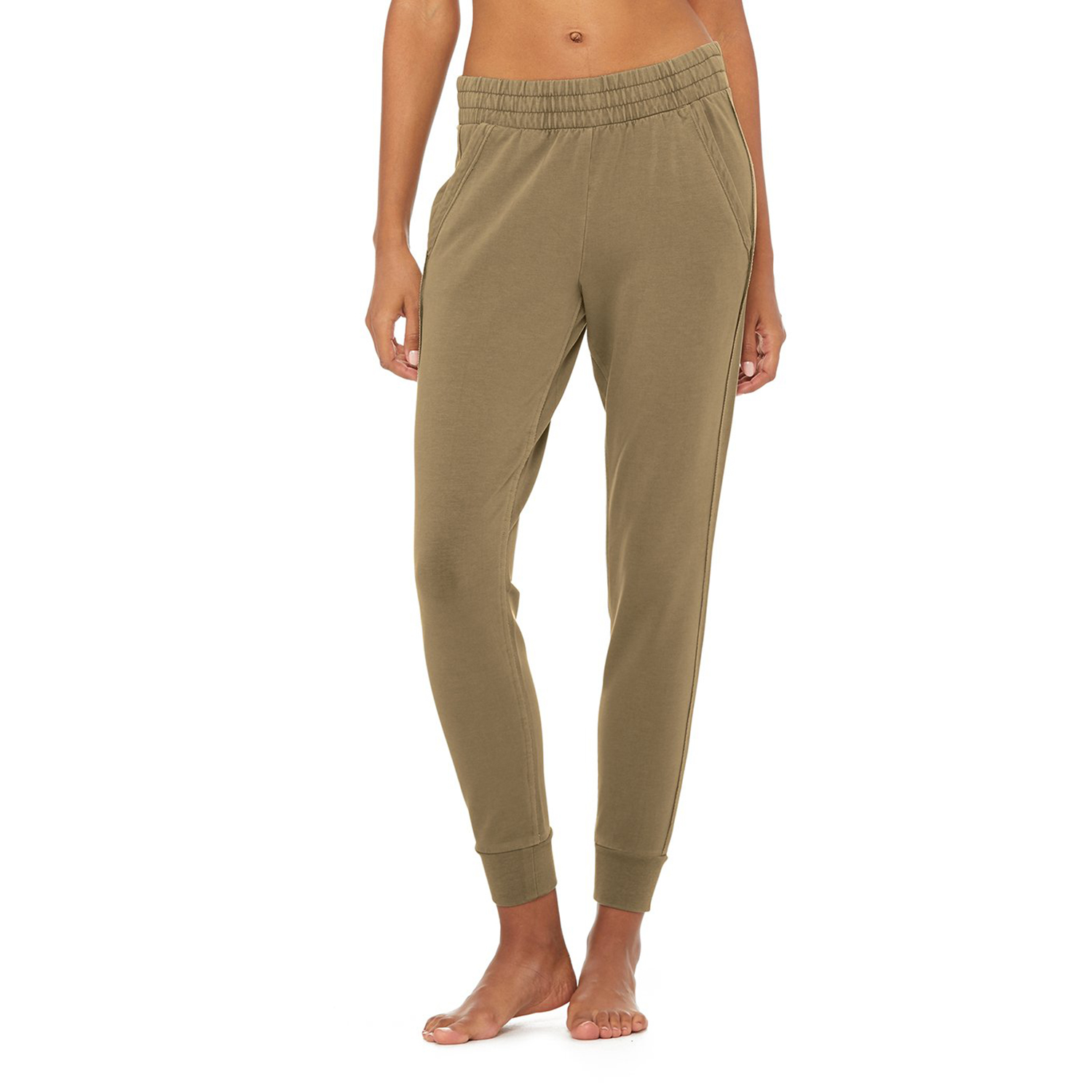 Limited-Edition Exclusive Washed Unwind Sweatpant Olive