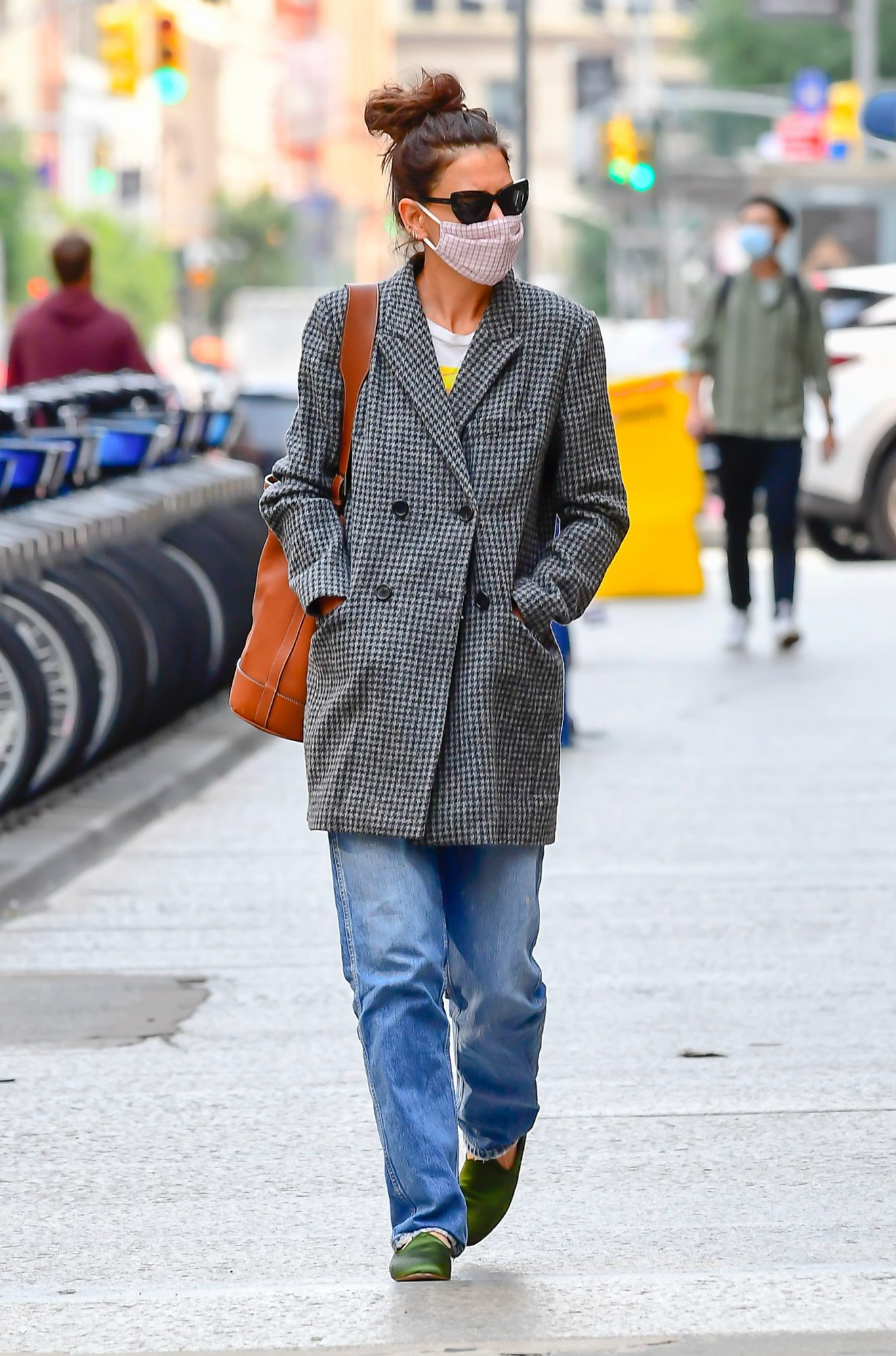 Katie Holmes Wearing Perfect Fall Coat