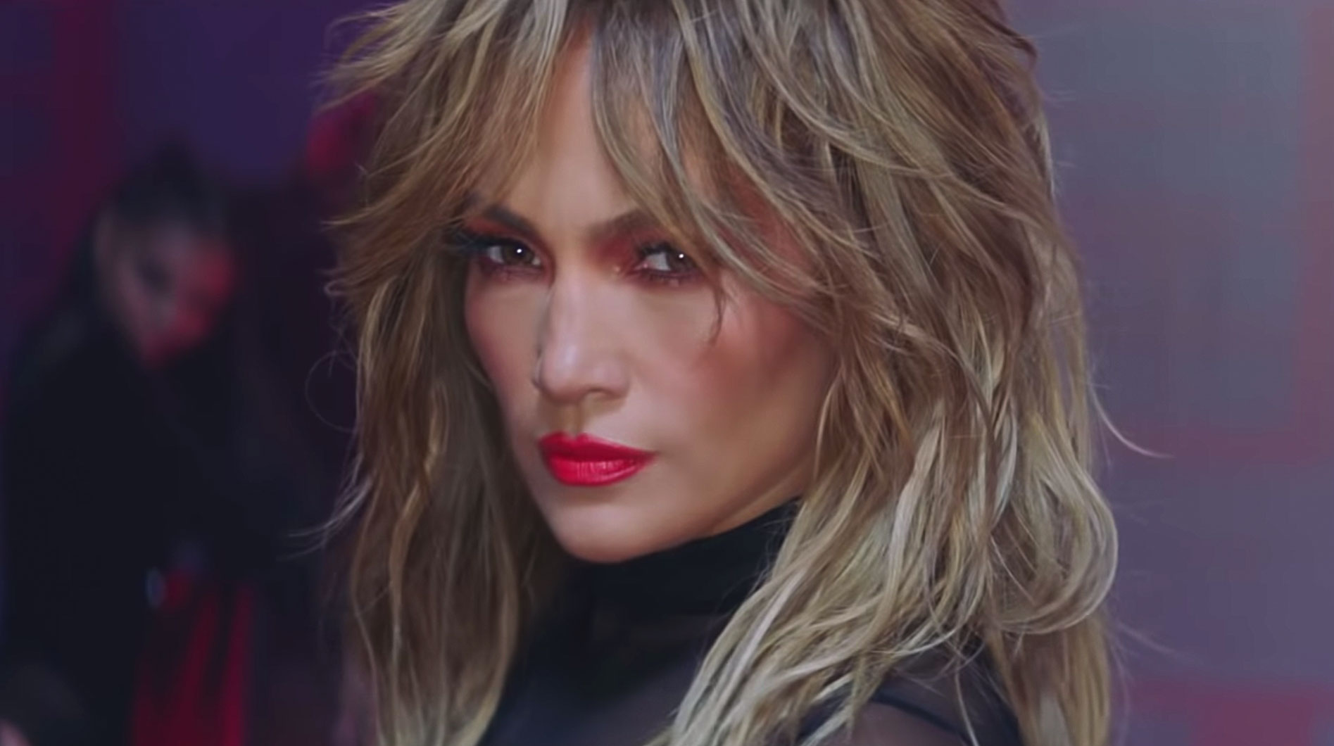 Pa Ti Lonely Jennifer Lopez Debuts Curtain Bangs In New Music Video Instyle