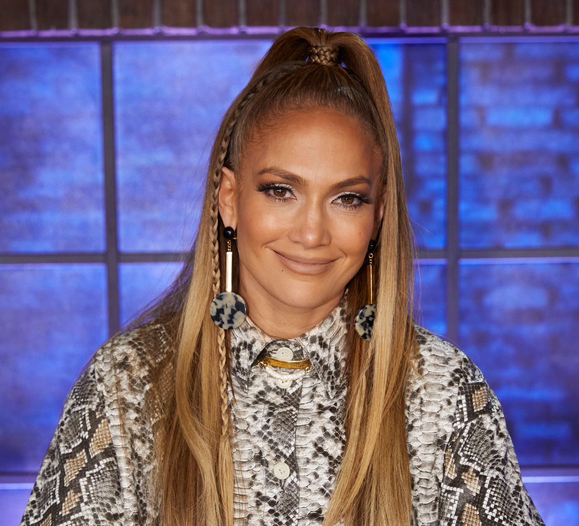 Jennifer Lopez has Madonna 80s Hair