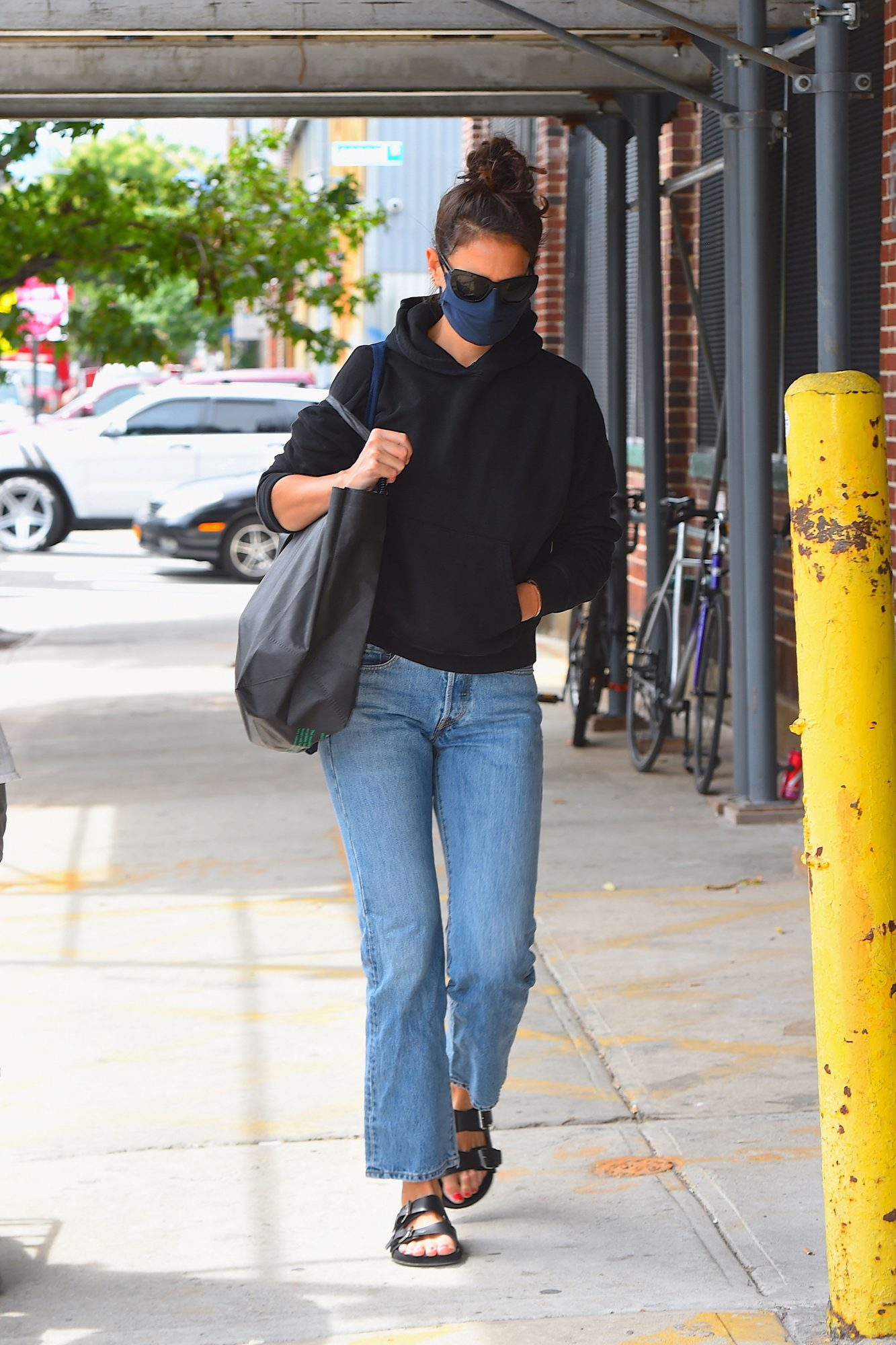 Katie Holmes Always Wore This Year's Most Wanted Shoe