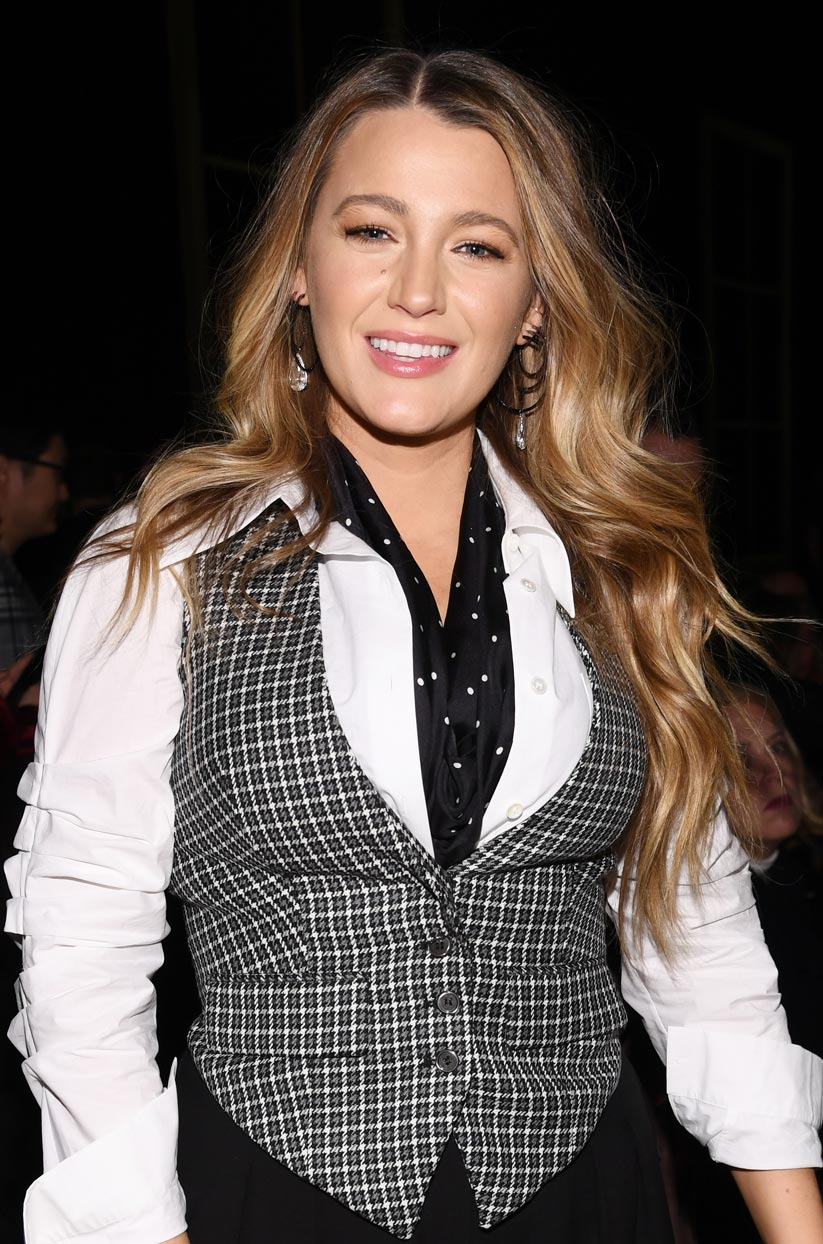 113020-Beauty-Blake-Lively-Lead