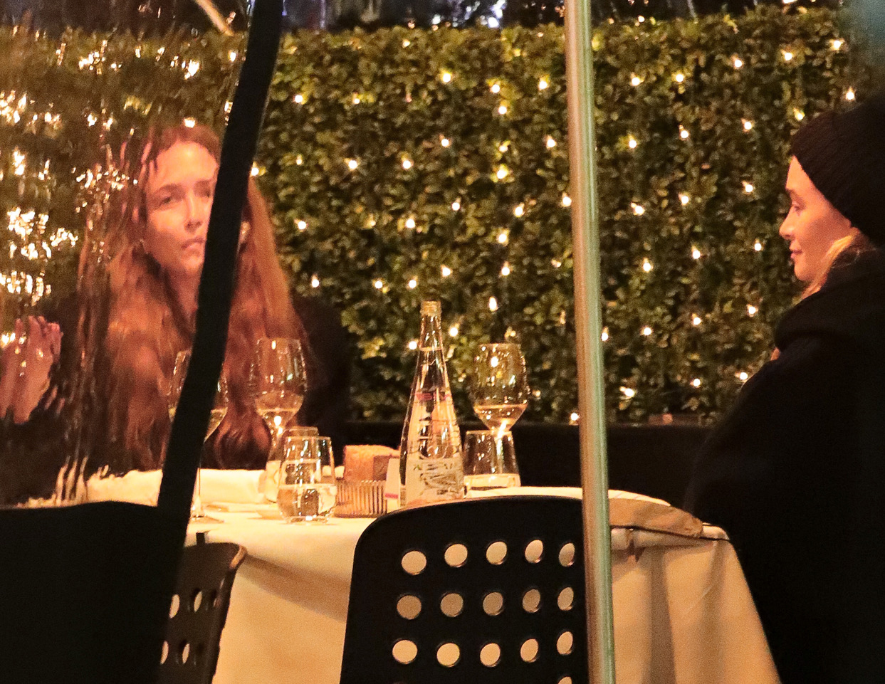 Mary-Kate and Ashley Olsen Matching at Dinner