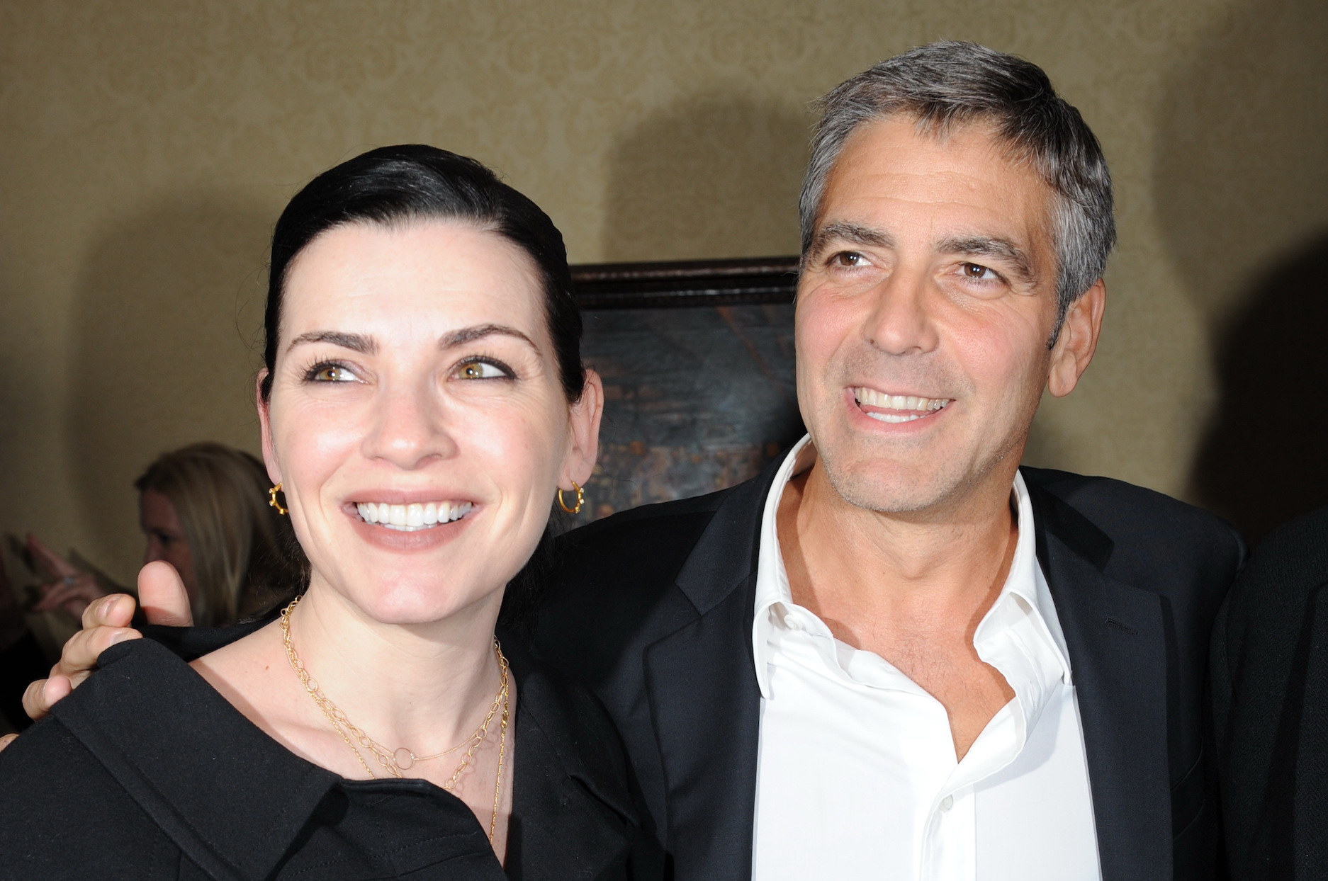 George Clooney Julianna Margulies - LEAD