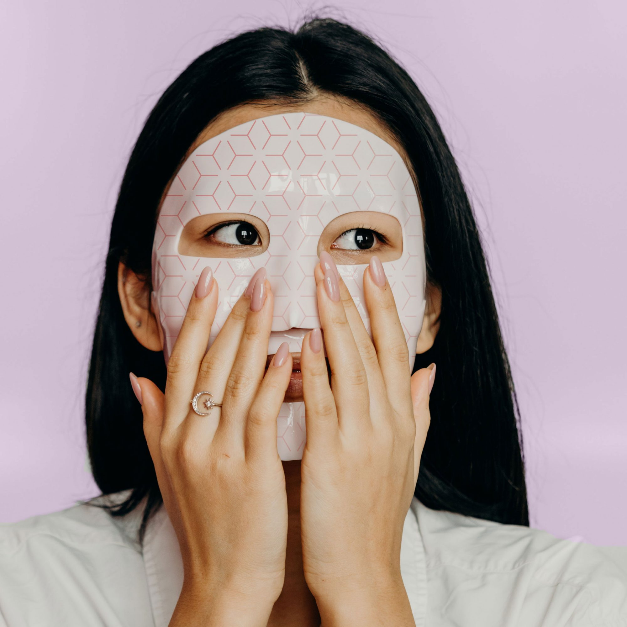 These $29 Sheet Masks Are an Inexpensive Way to Try Anti-Aging Light Therapy