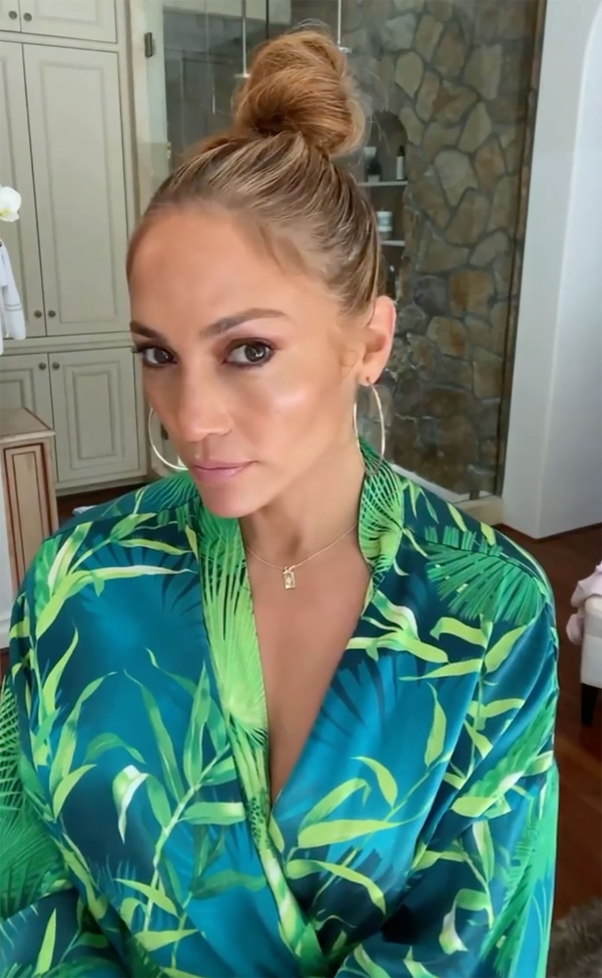 Jennifer Lopez Wore Her Signature Tropical Leaf Robe to Get Glam on Instagram — Shop Similar Looks on Amazon