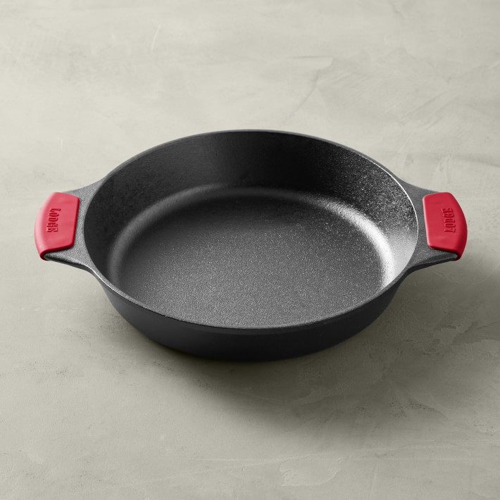 Lodge Bakers Skillet with Grips