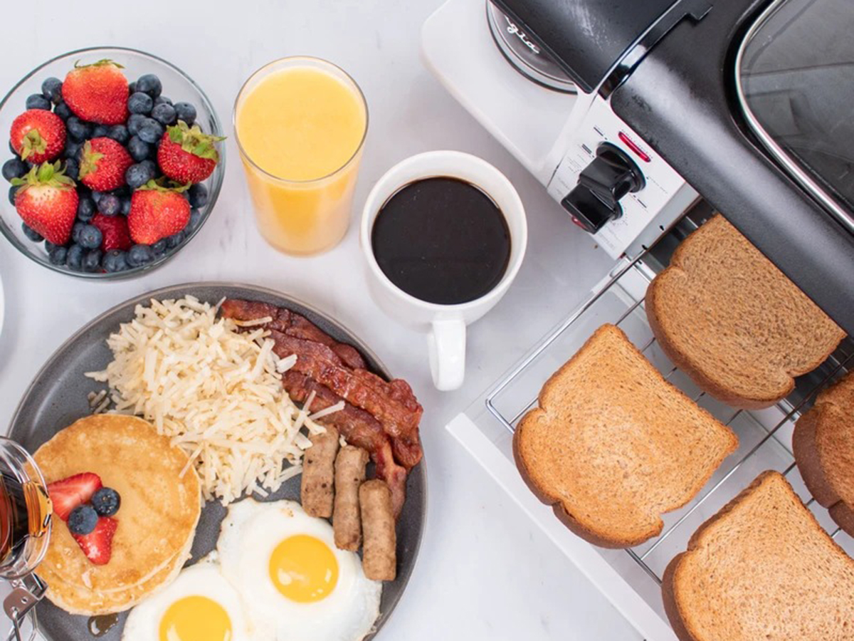 Nostalgia Retro 3-in-1 Family Size Electric Breakfast Station