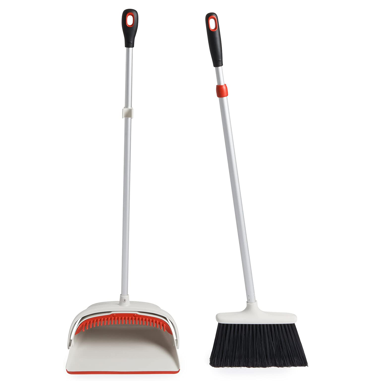 OXO Large Upright Sweep Set