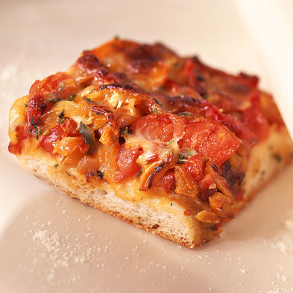 Pizza with Sweet Peppers and Mozzarella