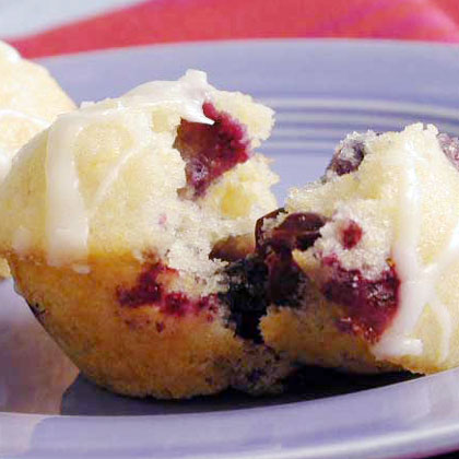 Polenta-Blueberry Cakes