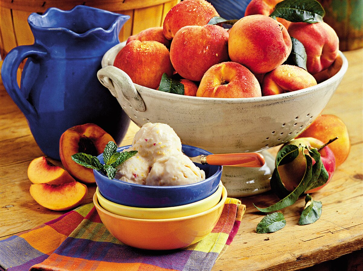 Summertime Peach Ice Cream