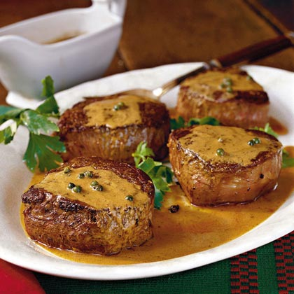 Beef Fillets With Green Peppercorn Sauce